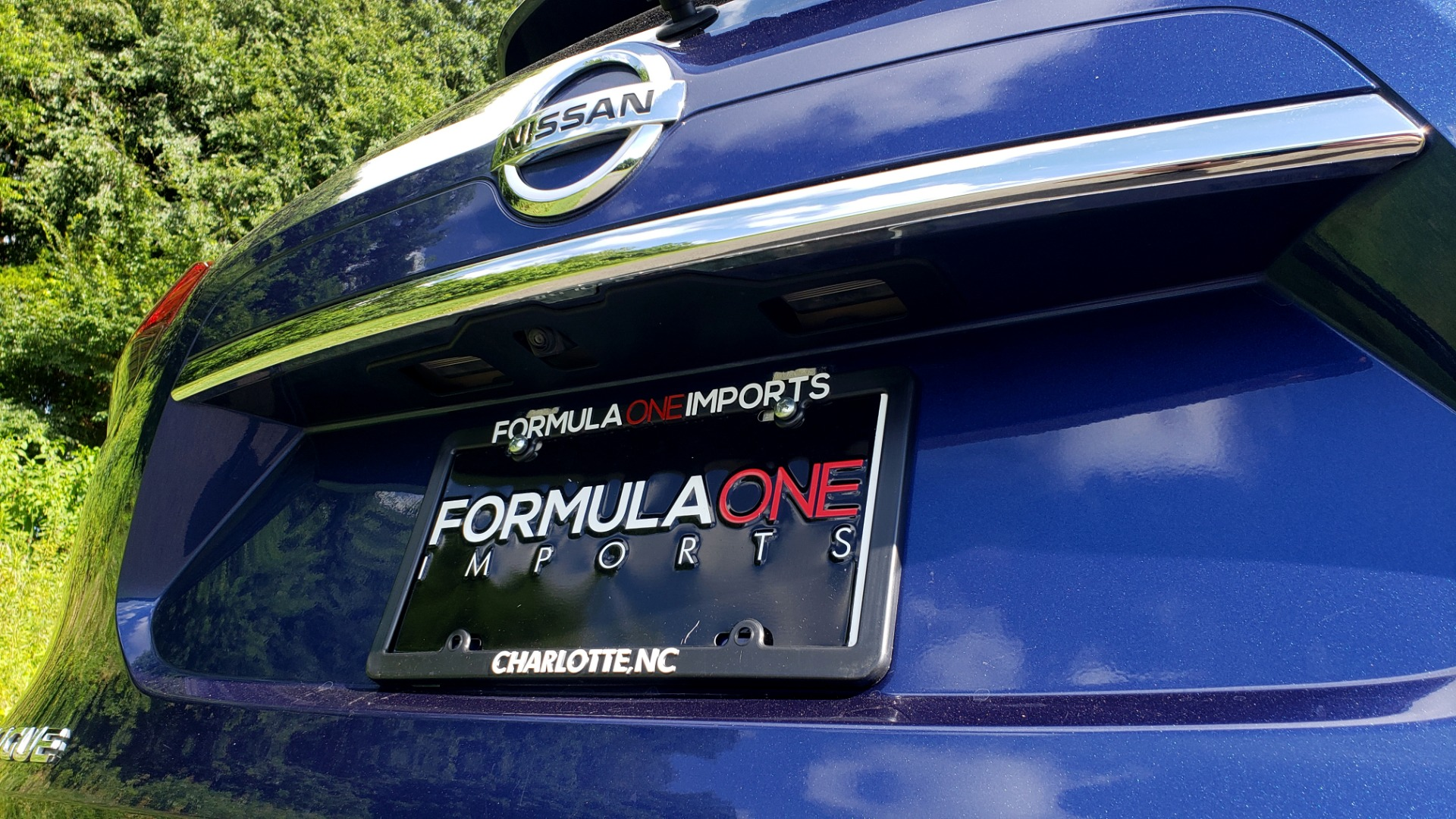 Used 2018 Nissan ROGUE SV / FWD / DUAL-ZONE CLIMATE / HEATED SEATS / REARVIEW for sale Sold at Formula Imports in Charlotte NC 28227 28
