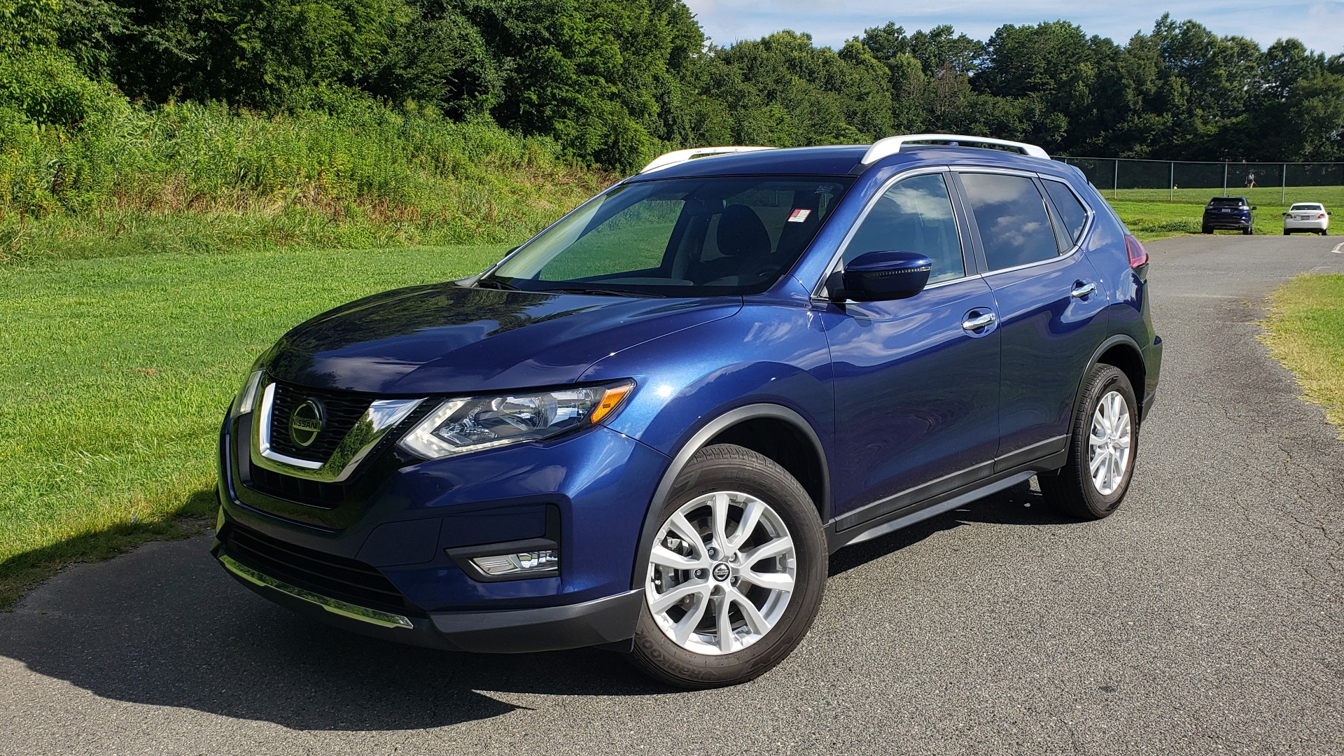 Used 2018 Nissan ROGUE SV / FWD / DUAL-ZONE CLIMATE / HEATED SEATS / REARVIEW for sale Sold at Formula Imports in Charlotte NC 28227 29