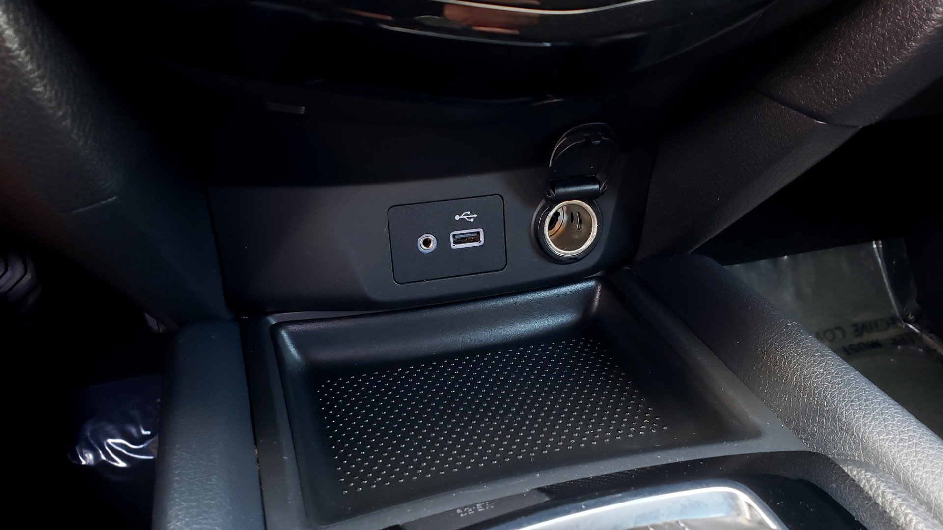Used 2018 Nissan ROGUE SV / FWD / DUAL-ZONE CLIMATE / HEATED SEATS / REARVIEW for sale Sold at Formula Imports in Charlotte NC 28227 47