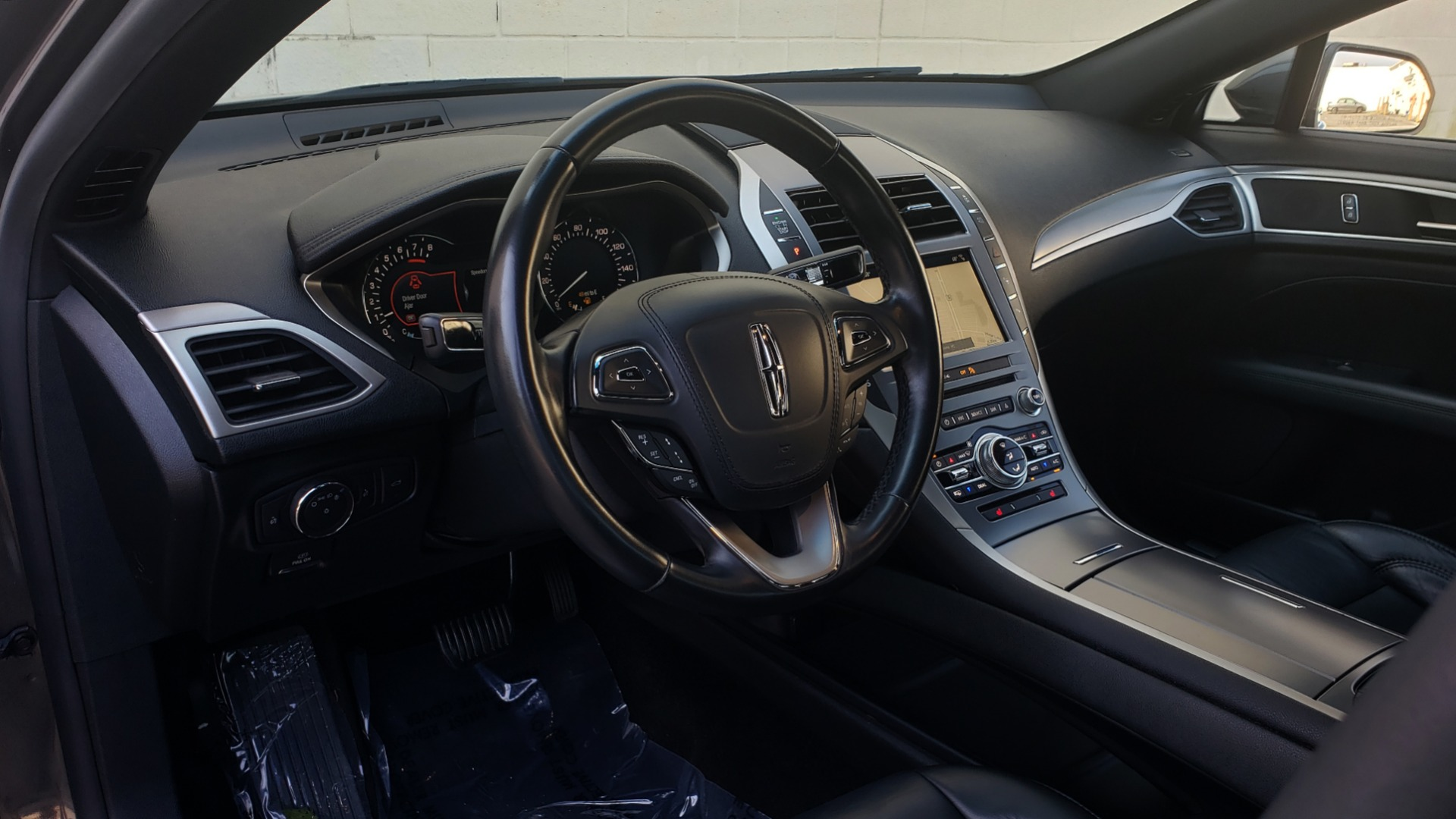 Used 2017 Lincoln MKZ SELECT PLUS / FWD / 2.0L 4-CYL / TECH / NAV / SNRF / REARVIEW for sale Sold at Formula Imports in Charlotte NC 28227 38