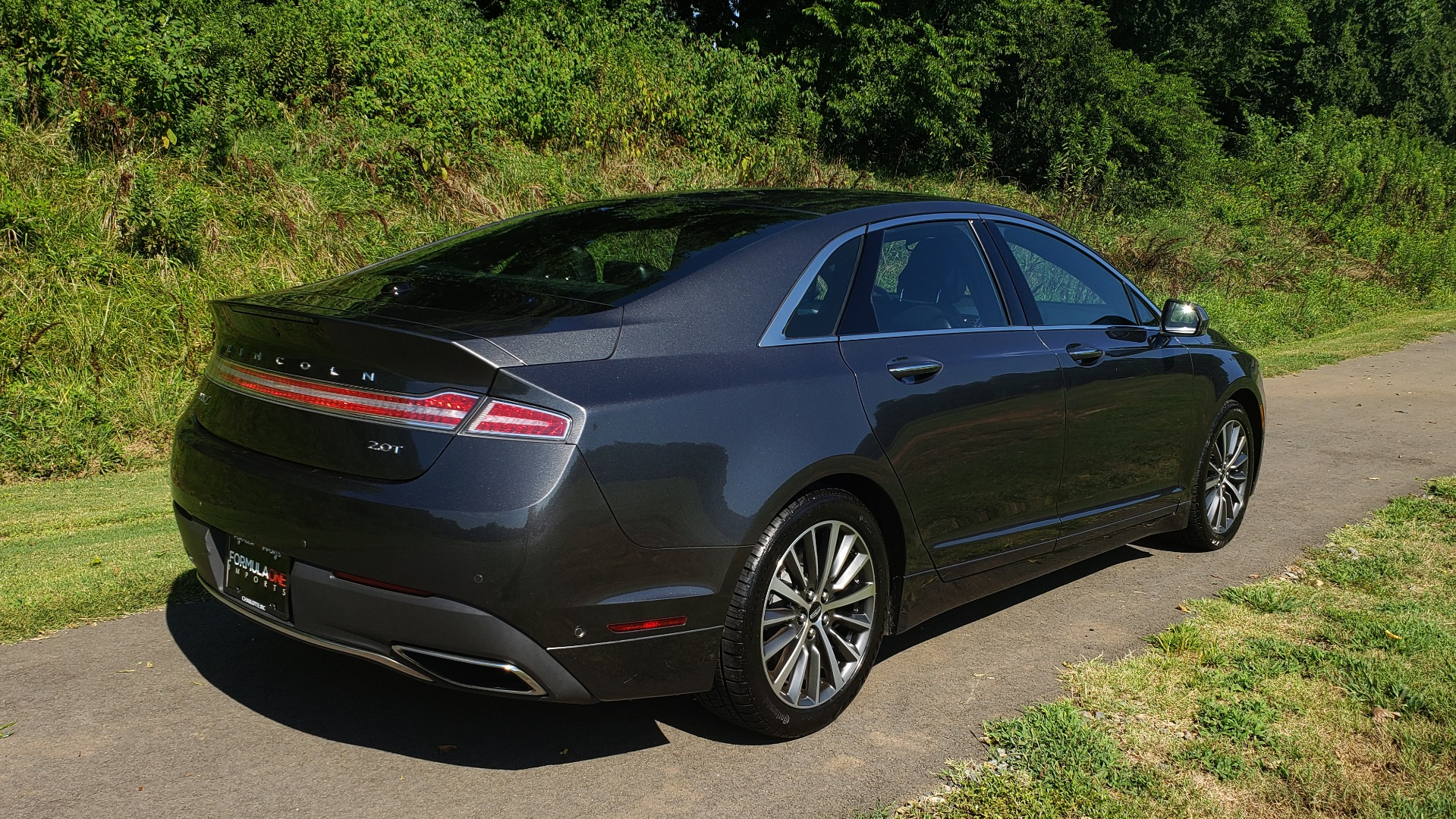 Used 2017 Lincoln MKZ SELECT PLUS / FWD / 2.0L 4-CYL / TECH / NAV / SNRF / REARVIEW for sale Sold at Formula Imports in Charlotte NC 28227 6