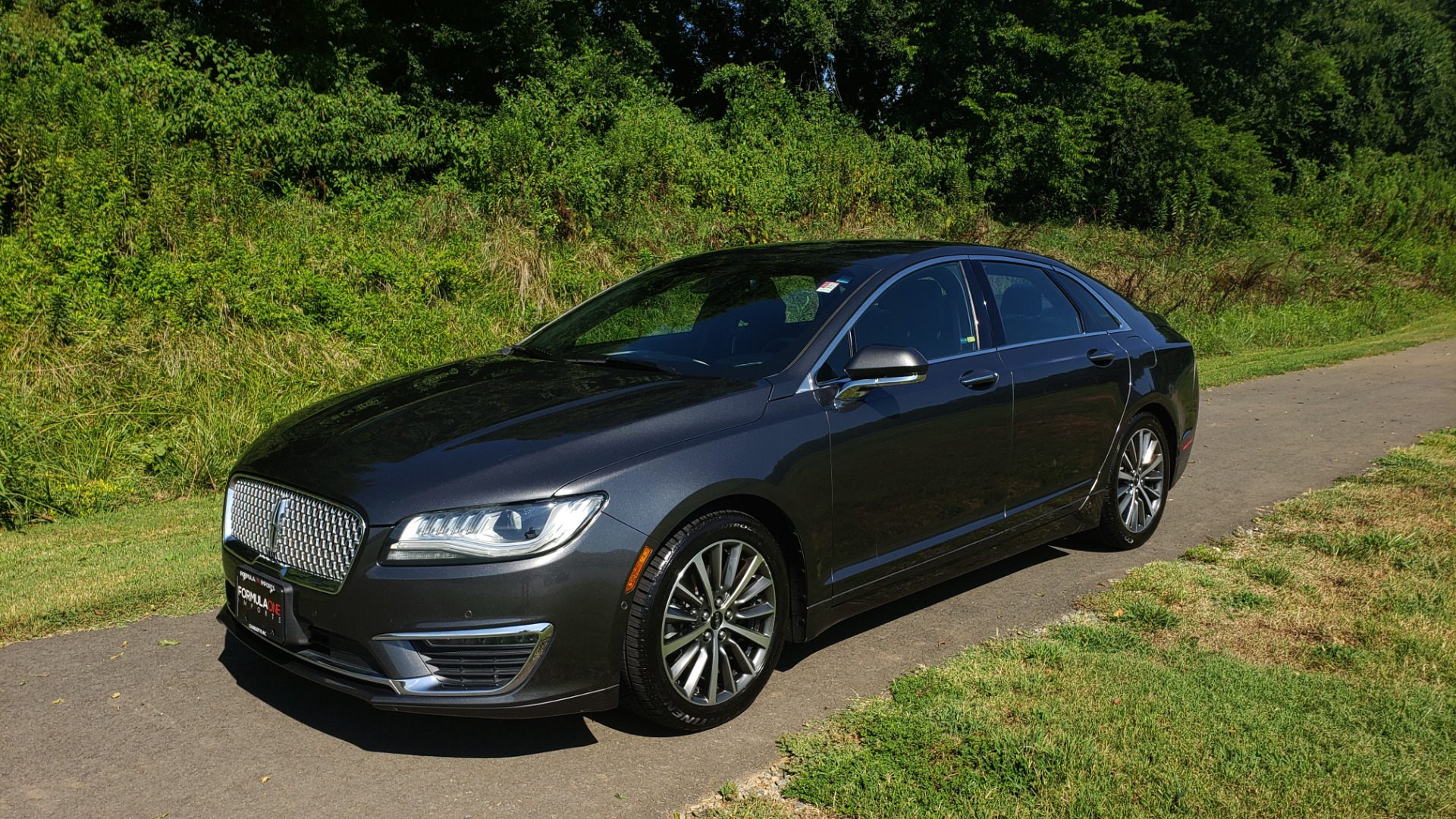Used 2017 Lincoln MKZ SELECT PLUS / FWD / 2.0L 4-CYL / TECH / NAV / SNRF / REARVIEW for sale Sold at Formula Imports in Charlotte NC 28227 1