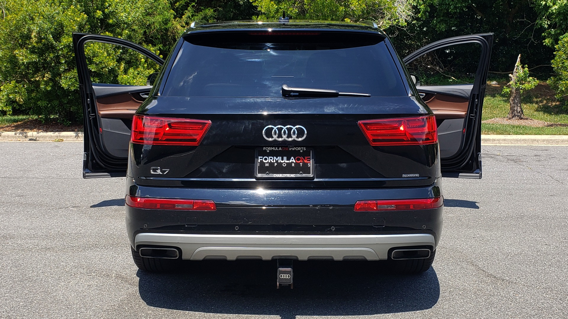 Used 2017 Audi Q7 PREMIUM PLUS / NAV / CLD WTHR / 3-ROW / REARVIEW for sale $35,399 at Formula Imports in Charlotte NC 28227 31