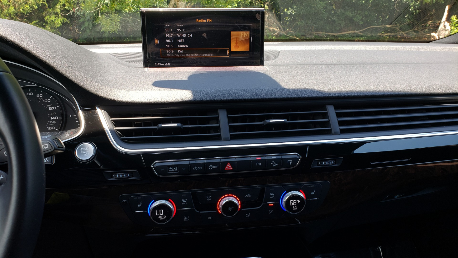 Used 2017 Audi Q7 PREMIUM PLUS / NAV / CLD WTHR / 3-ROW / REARVIEW for sale $35,399 at Formula Imports in Charlotte NC 28227 46
