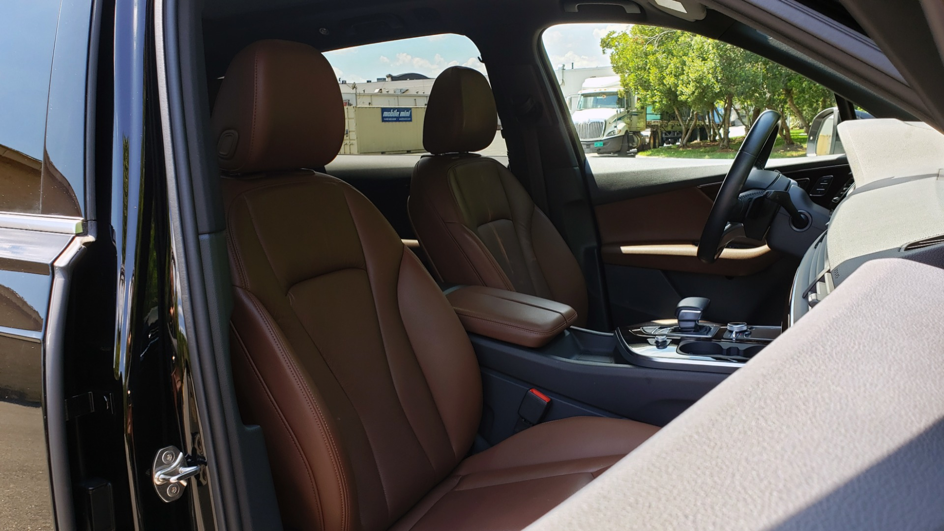 Used 2017 Audi Q7 PREMIUM PLUS / NAV / CLD WTHR / 3-ROW / REARVIEW for sale $35,399 at Formula Imports in Charlotte NC 28227 70