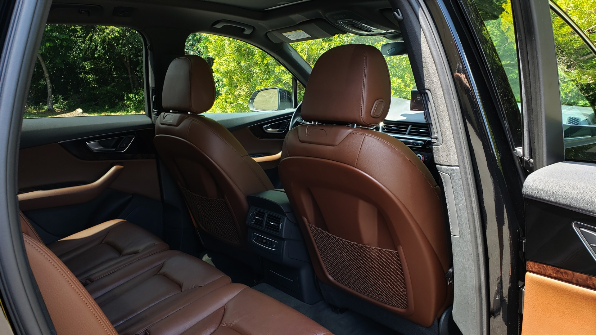 Used 2017 Audi Q7 PREMIUM PLUS / NAV / CLD WTHR / 3-ROW / REARVIEW for sale $35,399 at Formula Imports in Charlotte NC 28227 79