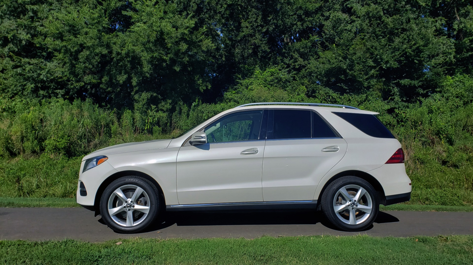Used 2017 Mercedes-Benz GLE GLE 350 for sale $32,595 at Formula Imports in Charlotte NC 28227 2