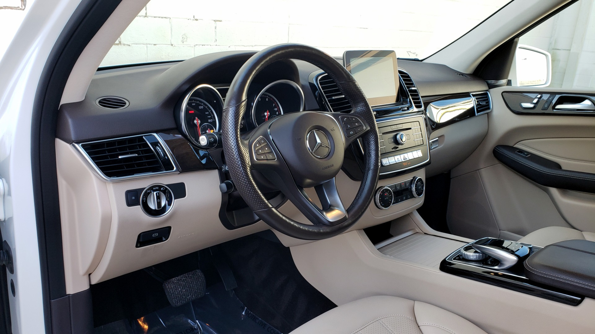 Used 2017 Mercedes-Benz GLE GLE 350 for sale $32,595 at Formula Imports in Charlotte NC 28227 47