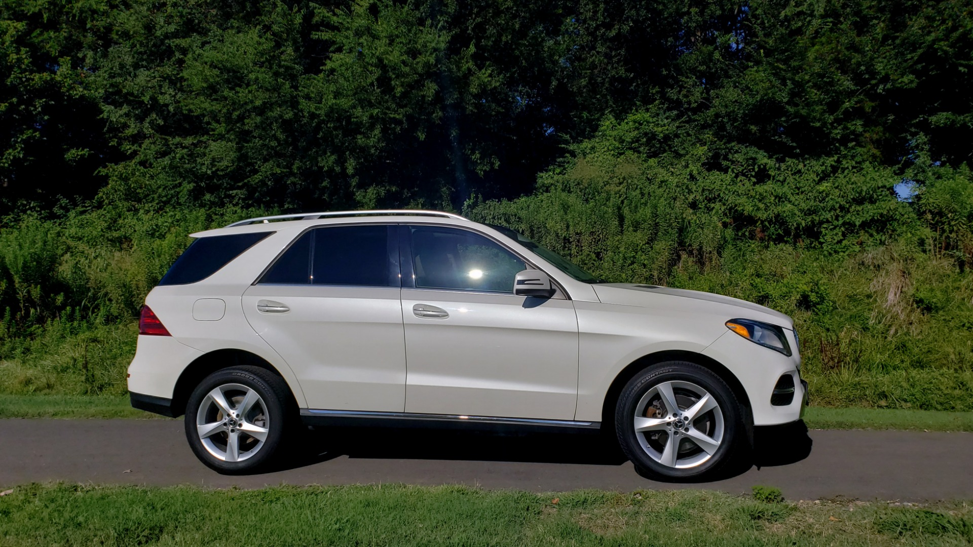 Used 2017 Mercedes-Benz GLE GLE 350 for sale $32,595 at Formula Imports in Charlotte NC 28227 6