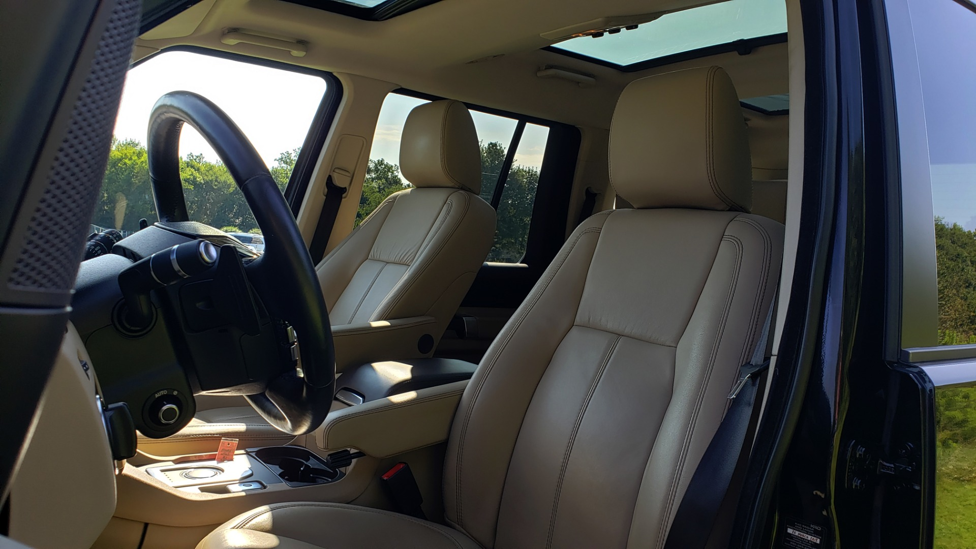 Used 2016 Land Rover LR4 HSE LUX LANDMARK EDITION / NAV / HTD STS / SUNROOF / REARVIEW for sale Sold at Formula Imports in Charlotte NC 28227 41