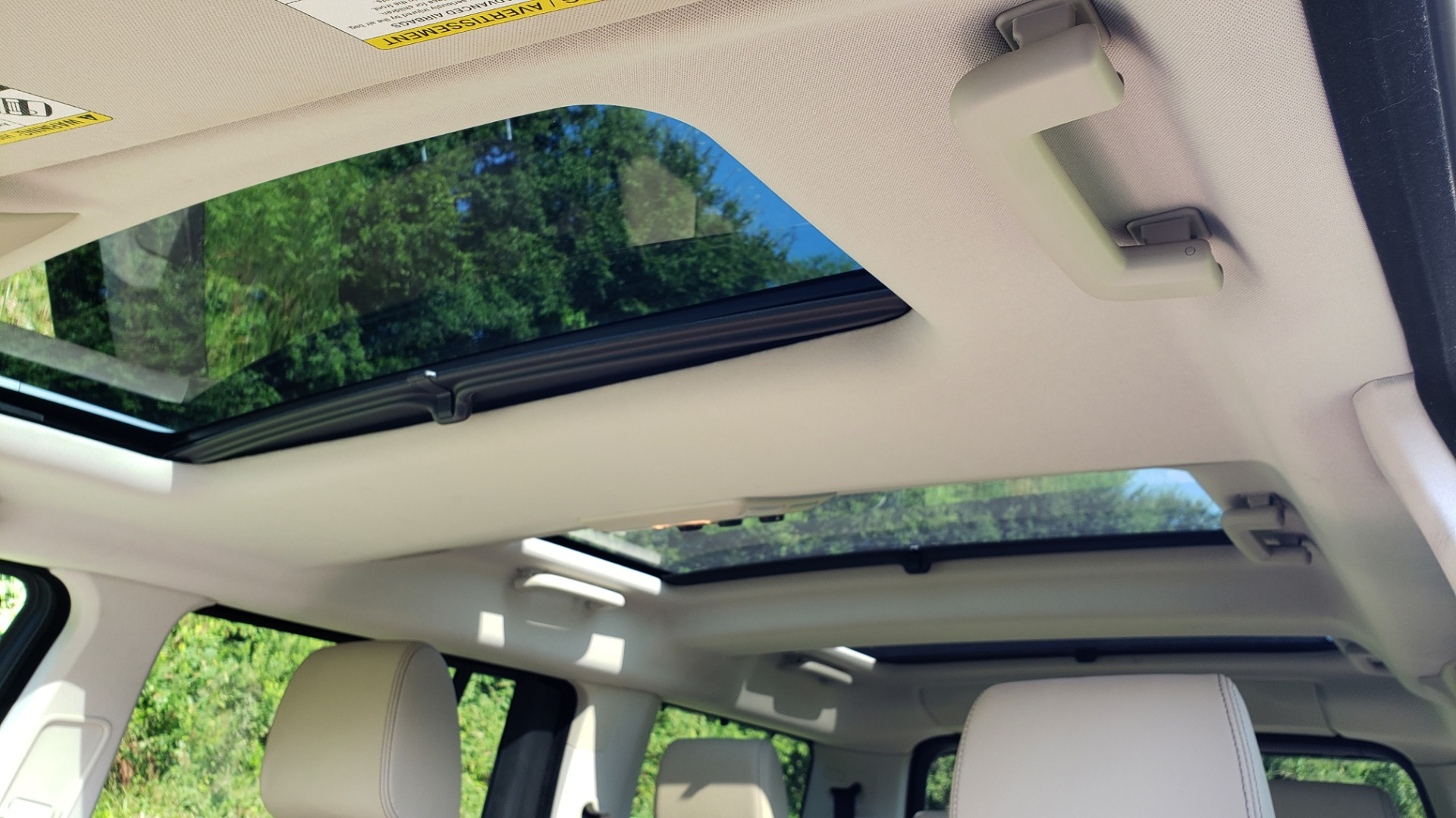 Used 2016 Land Rover LR4 HSE LUX LANDMARK EDITION / NAV / HTD STS / SUNROOF / REARVIEW for sale Sold at Formula Imports in Charlotte NC 28227 57