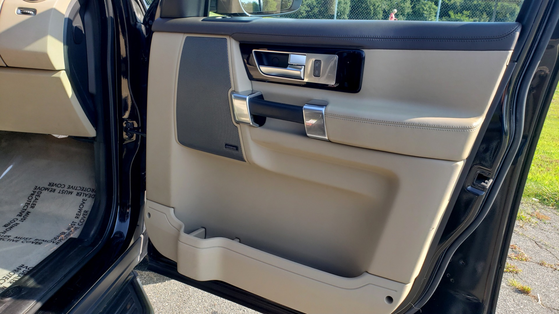 Used 2016 Land Rover LR4 HSE LUX LANDMARK EDITION / NAV / HTD STS / SUNROOF / REARVIEW for sale Sold at Formula Imports in Charlotte NC 28227 65