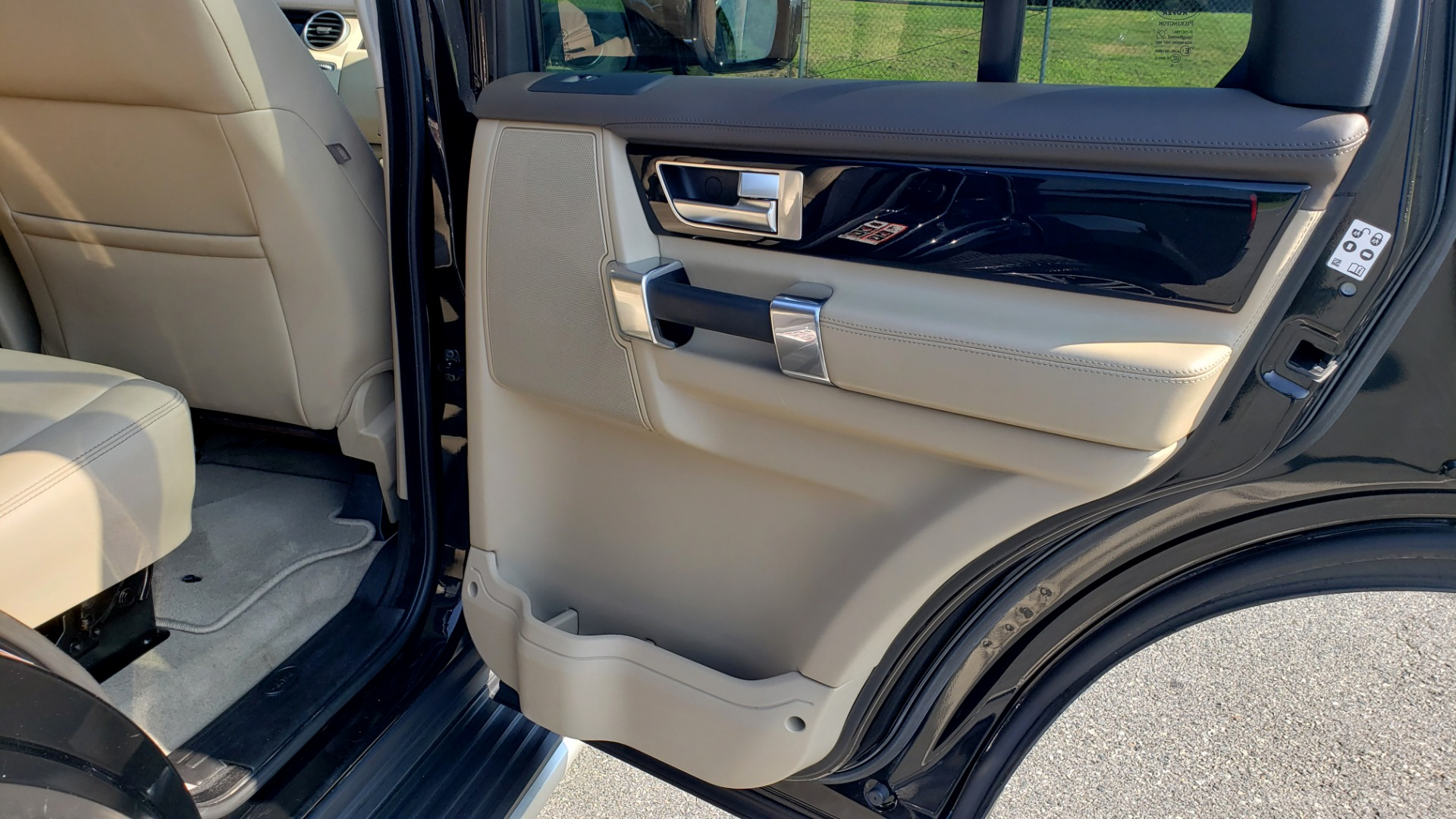 Used 2016 Land Rover LR4 HSE LUX LANDMARK EDITION / NAV / HTD STS / SUNROOF / REARVIEW for sale Sold at Formula Imports in Charlotte NC 28227 69
