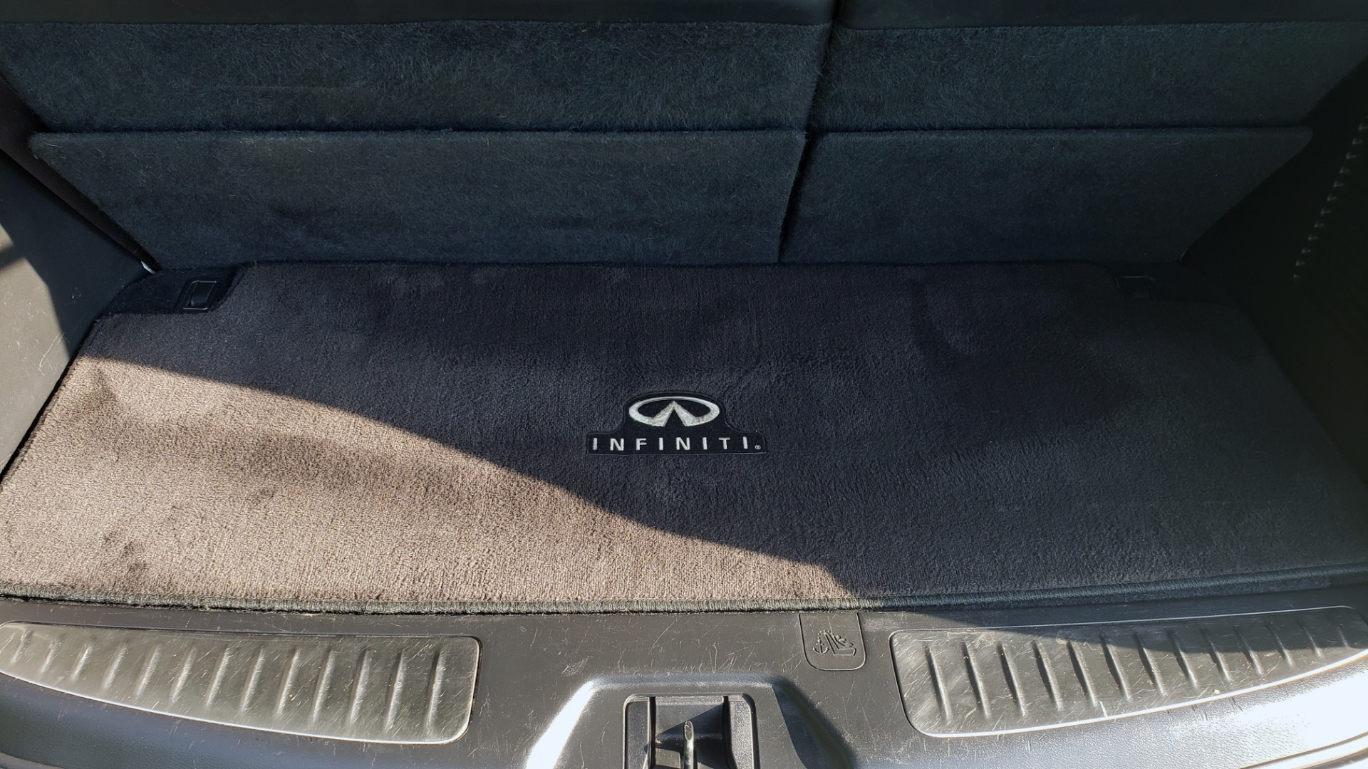 Used 2013 INFINITI QX56 NAV / SUNROOF / BOSE / THEATER / 3-ROW / REARVIEW for sale $21,495 at Formula Imports in Charlotte NC 28227 20