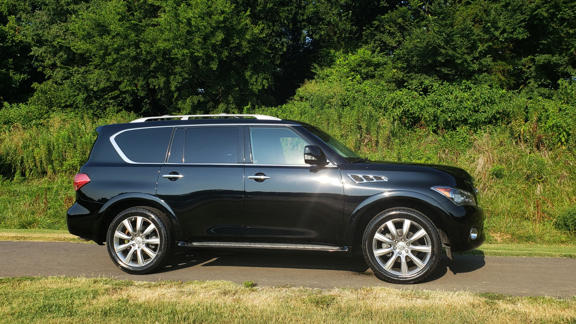 Used 2013 INFINITI QX56 NAV / SUNROOF / BOSE / THEATER / 3-ROW / REARVIEW for sale $21,495 at Formula Imports in Charlotte NC 28227 6