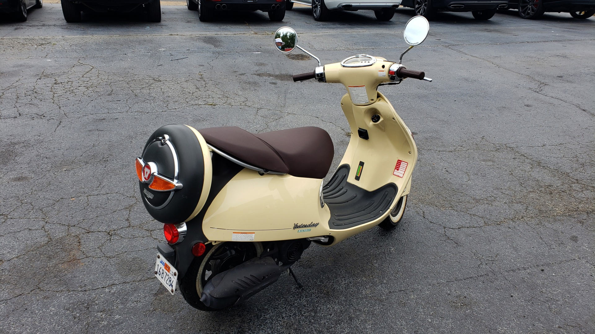 Used 2002 MALAGUTI YESTERDAY 50CC SCOOTER - INCLUDES HELMET for sale $1,799 at Formula Imports in Charlotte NC 28227 3