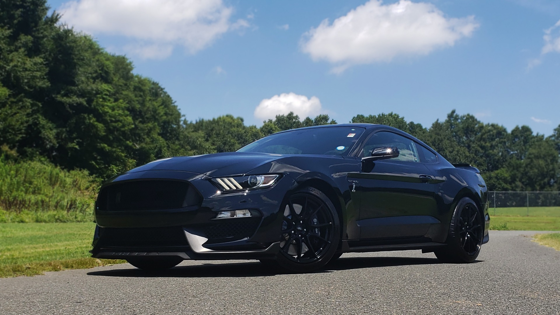Used 2019 Ford MUSTANG SHELBY GT350 COUPE / TECH PKG / B&O SND / NAV / HNDLNG PKG / REARVIEW for sale Sold at Formula Imports in Charlotte NC 28227 3