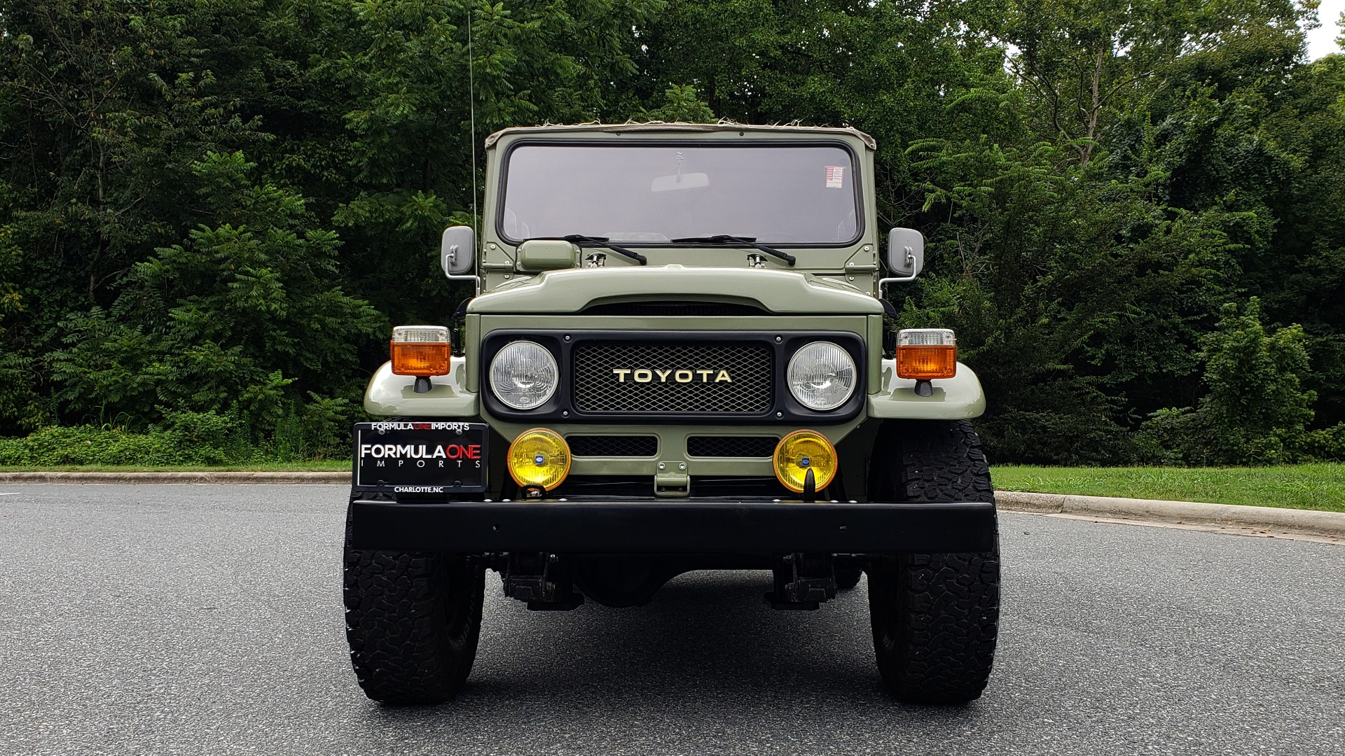Used 1981 Toyota FJ40 LAND CRUISER 4X4 / FULL RESTORATION / 6500KM SINCE COMPLETE for sale Sold at Formula Imports in Charlotte NC 28227 10