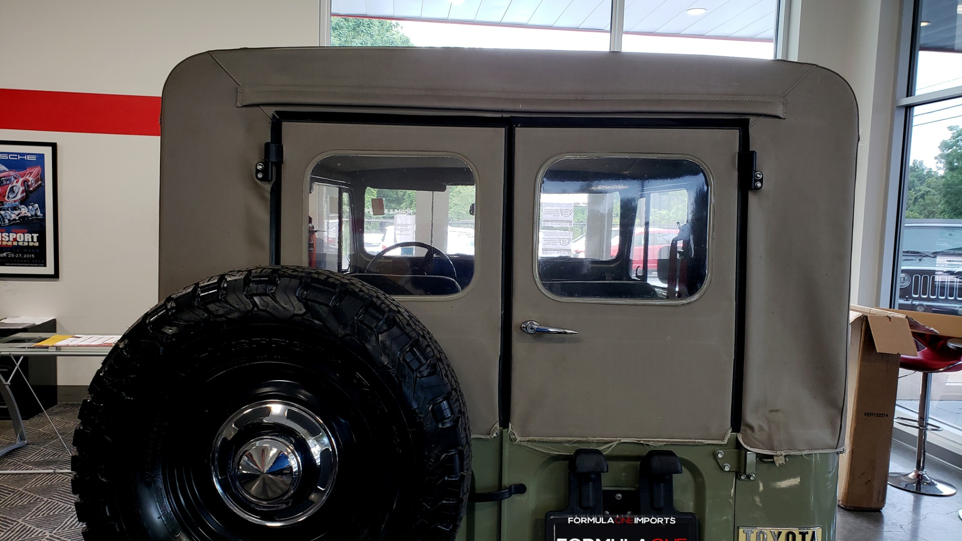 Used 1981 Toyota FJ40 LAND CRUISER 4X4 / FULL RESTORATION / 6500KM SINCE COMPLETE for sale Sold at Formula Imports in Charlotte NC 28227 15