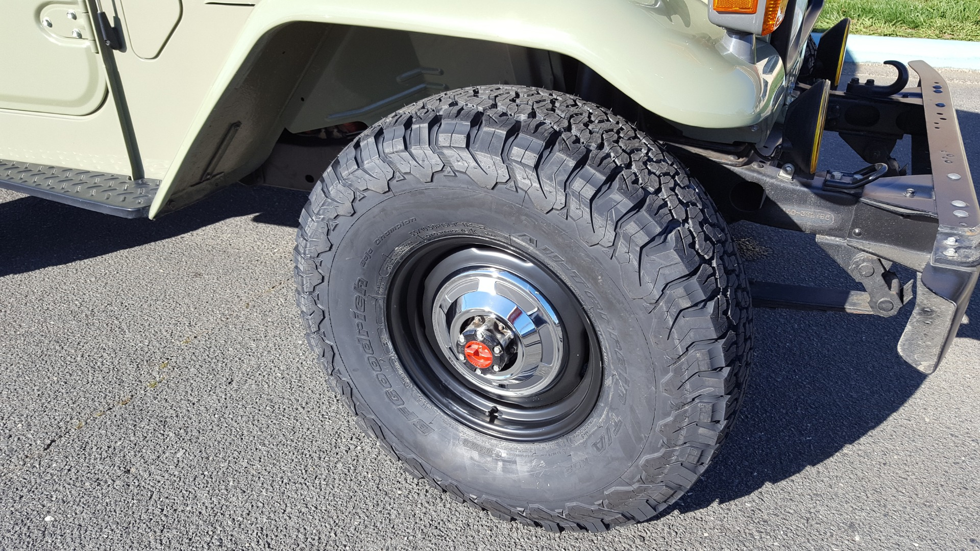 Used 1981 Toyota FJ40 LAND CRUISER FULL RESTORATION - 6500KM SINCE COMPLETE for sale $40,995 at Formula Imports in Charlotte NC 28227 24