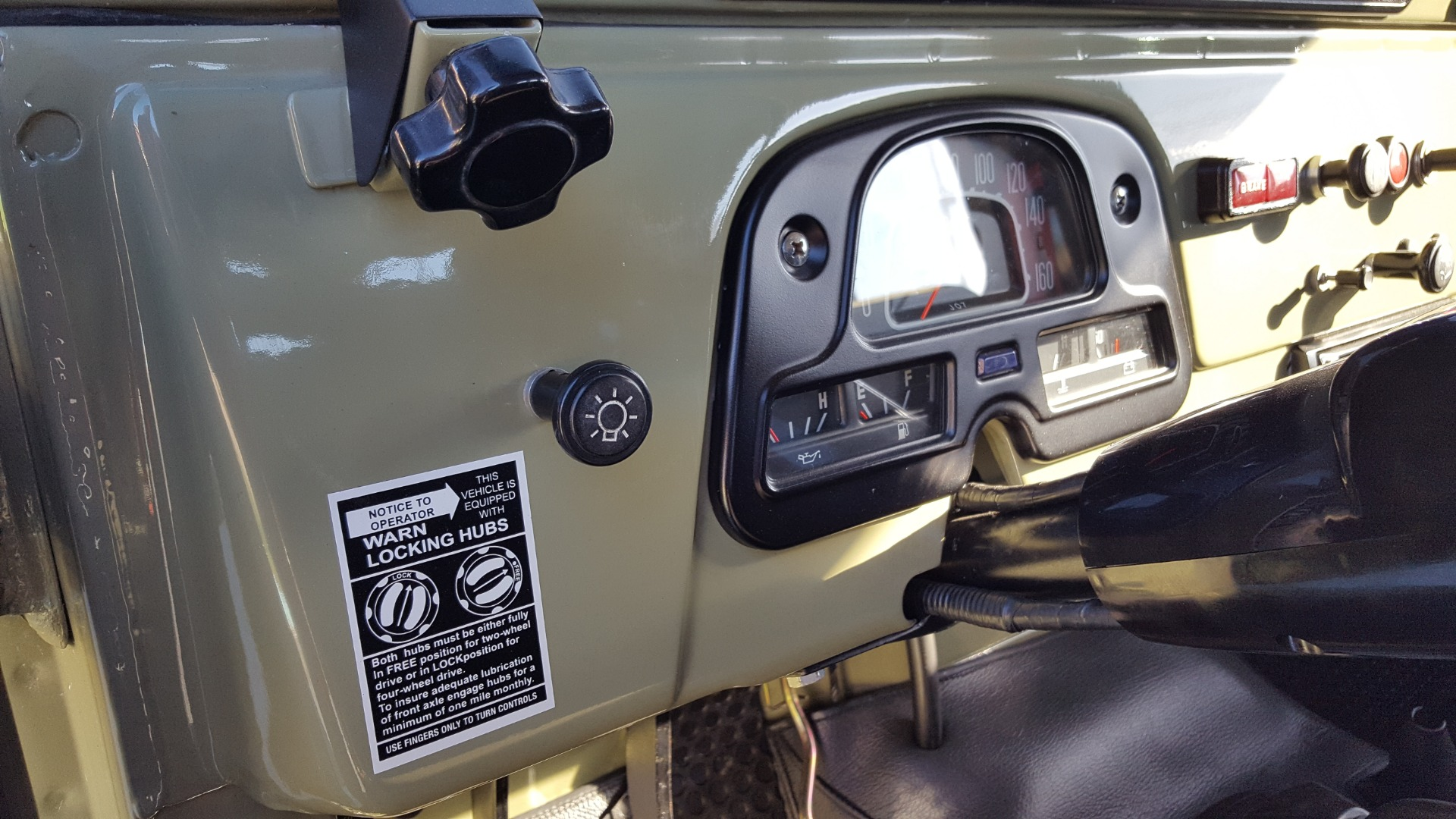 Used 1981 Toyota FJ40 LAND CRUISER 4X4 / FULL RESTORATION / 6500KM SINCE COMPLETE for sale Sold at Formula Imports in Charlotte NC 28227 55