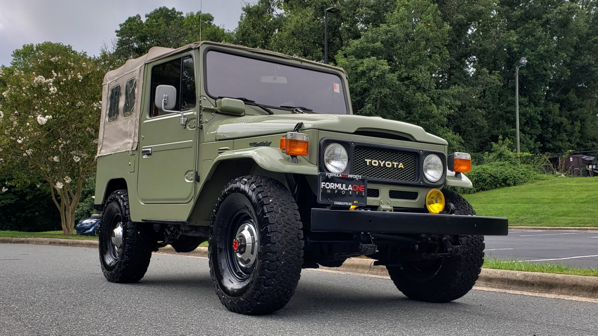 Used 1981 Toyota FJ40 LAND CRUISER 4X4 / FULL RESTORATION / 6500KM SINCE COMPLETE for sale Sold at Formula Imports in Charlotte NC 28227 9