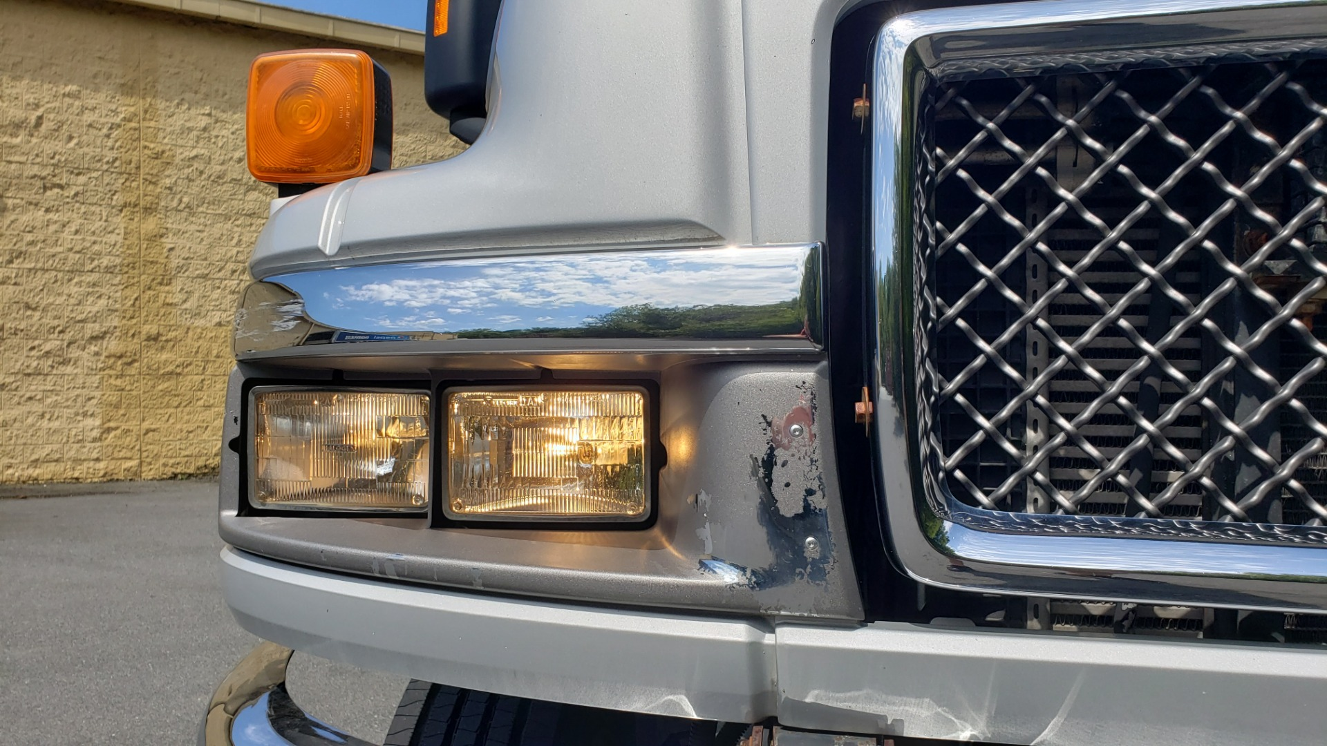 Used 2006 GMC TC4500 CREWCAB 4X4 6.6L DURAMAX / ALLISON TRANS / A/C / CRUISE CONTROL for sale Sold at Formula Imports in Charlotte NC 28227 15