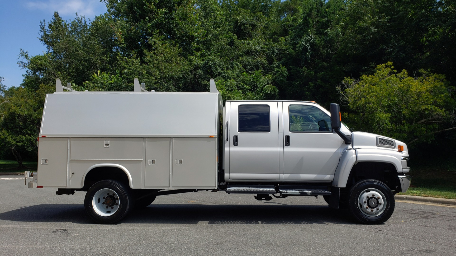 Used 2006 GMC TC4500 CREWCAB 4X4 6.6L DURAMAX / ALLISON TRANS / A/C / CRUISE CONTROL for sale Sold at Formula Imports in Charlotte NC 28227 7