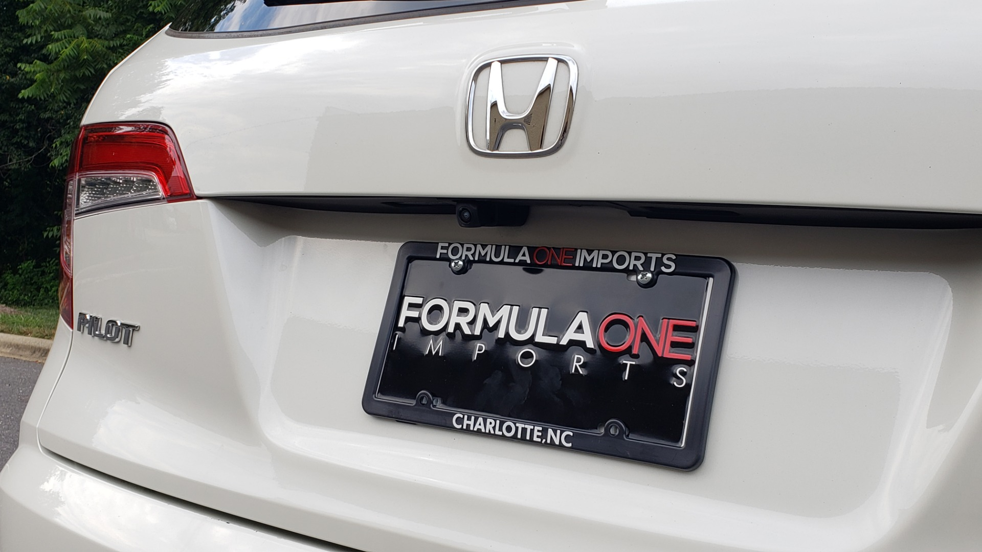 Used 2019 Honda PILOT EX-L / V6 / NAV / SUNROOF / DVD / 3-ROW / REARVIEW for sale Sold at Formula Imports in Charlotte NC 28227 32