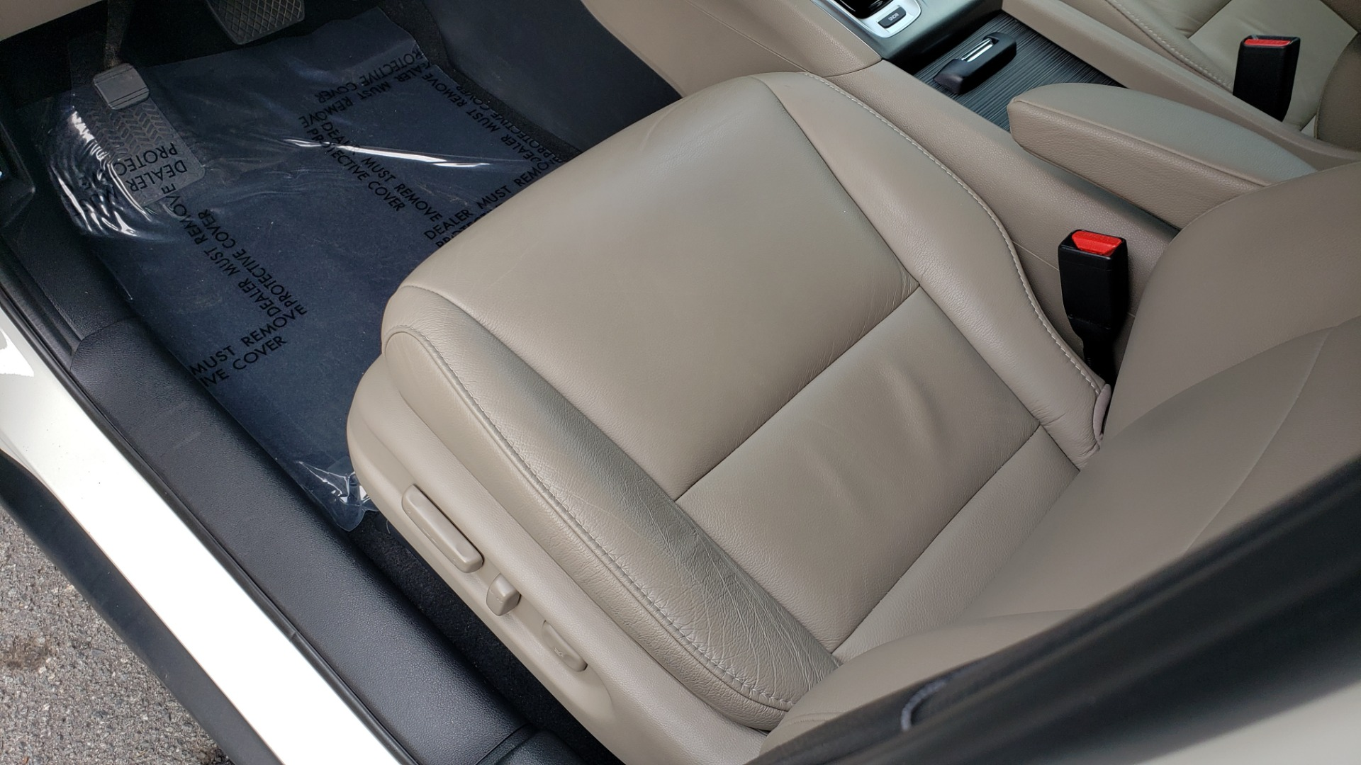 Used 2019 Honda PILOT EX-L / V6 / NAV / SUNROOF / DVD / 3-ROW / REARVIEW for sale Sold at Formula Imports in Charlotte NC 28227 36