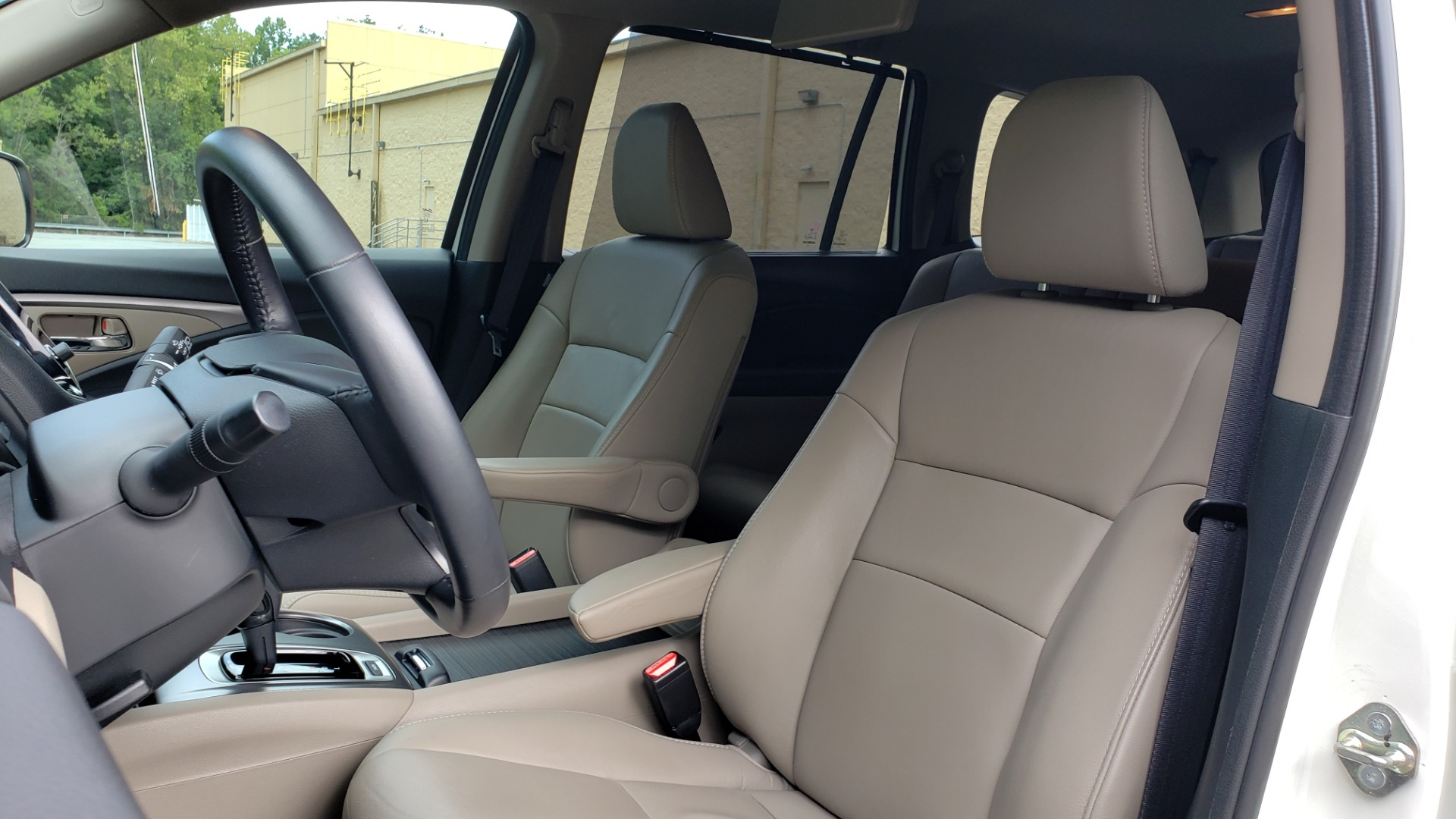 Used 2019 Honda PILOT EX-L / V6 / NAV / SUNROOF / DVD / 3-ROW / REARVIEW for sale Sold at Formula Imports in Charlotte NC 28227 38