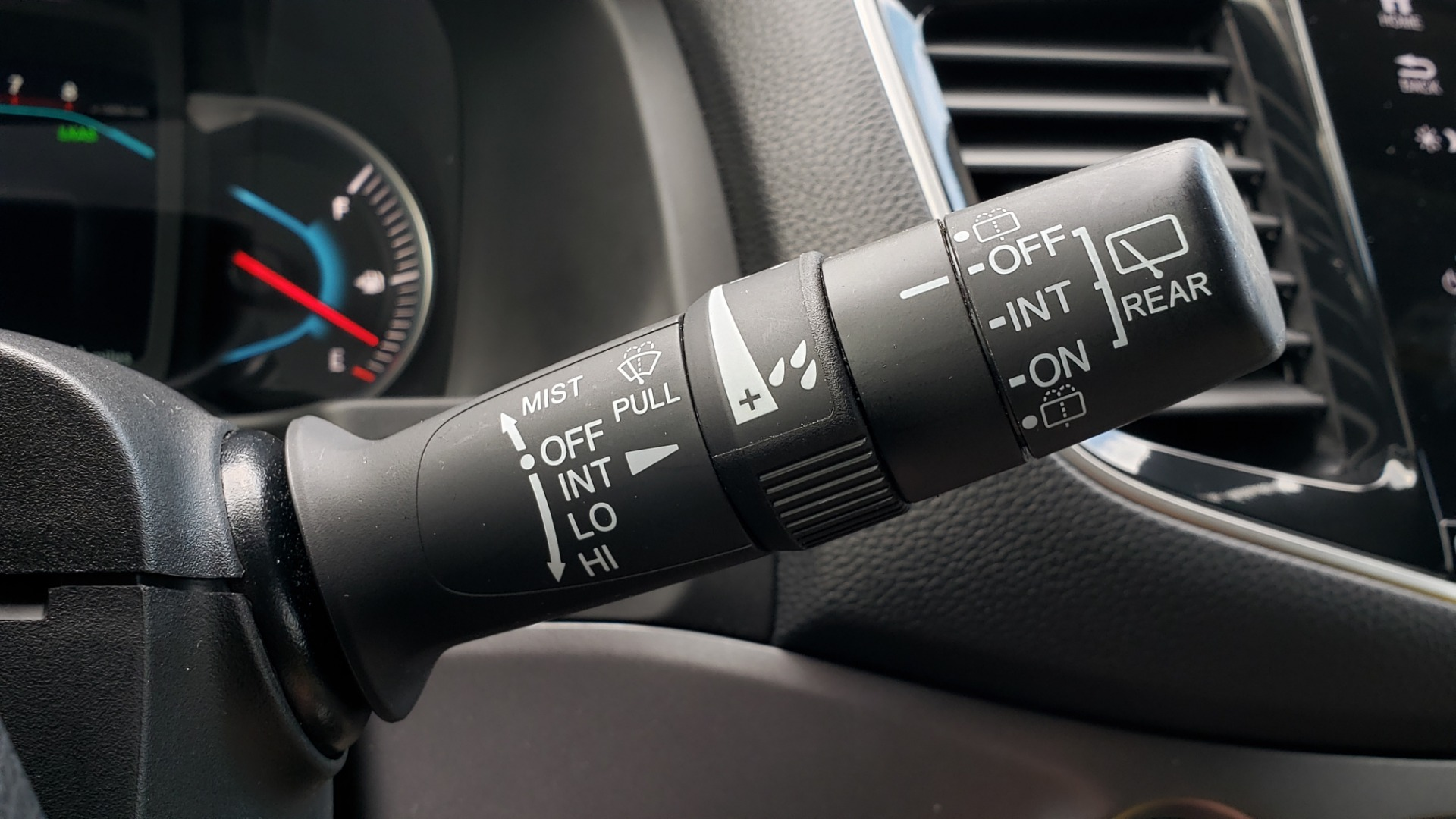 Used 2019 Honda PILOT EX-L / V6 / NAV / SUNROOF / DVD / 3-ROW / REARVIEW for sale Sold at Formula Imports in Charlotte NC 28227 44