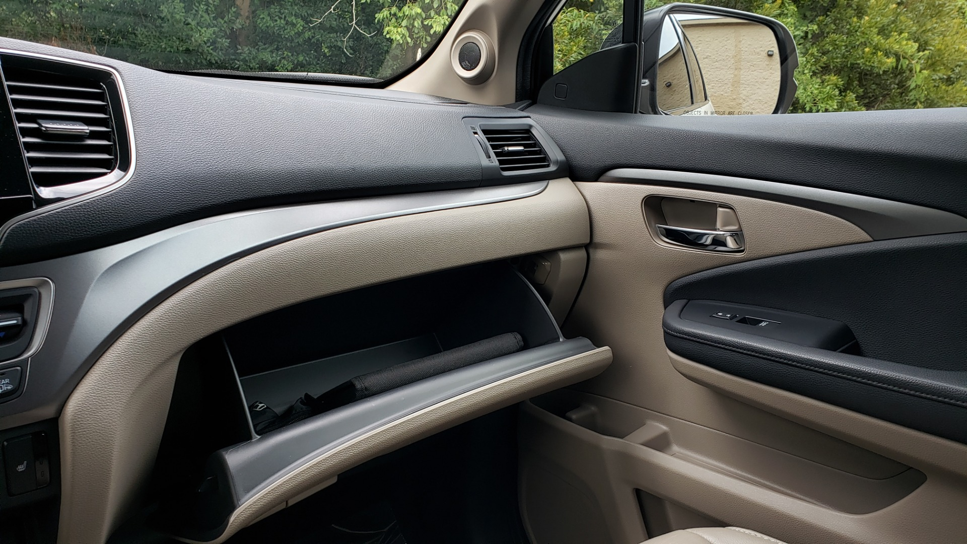 Used 2019 Honda PILOT EX-L / V6 / NAV / SUNROOF / DVD / 3-ROW / REARVIEW for sale Sold at Formula Imports in Charlotte NC 28227 53