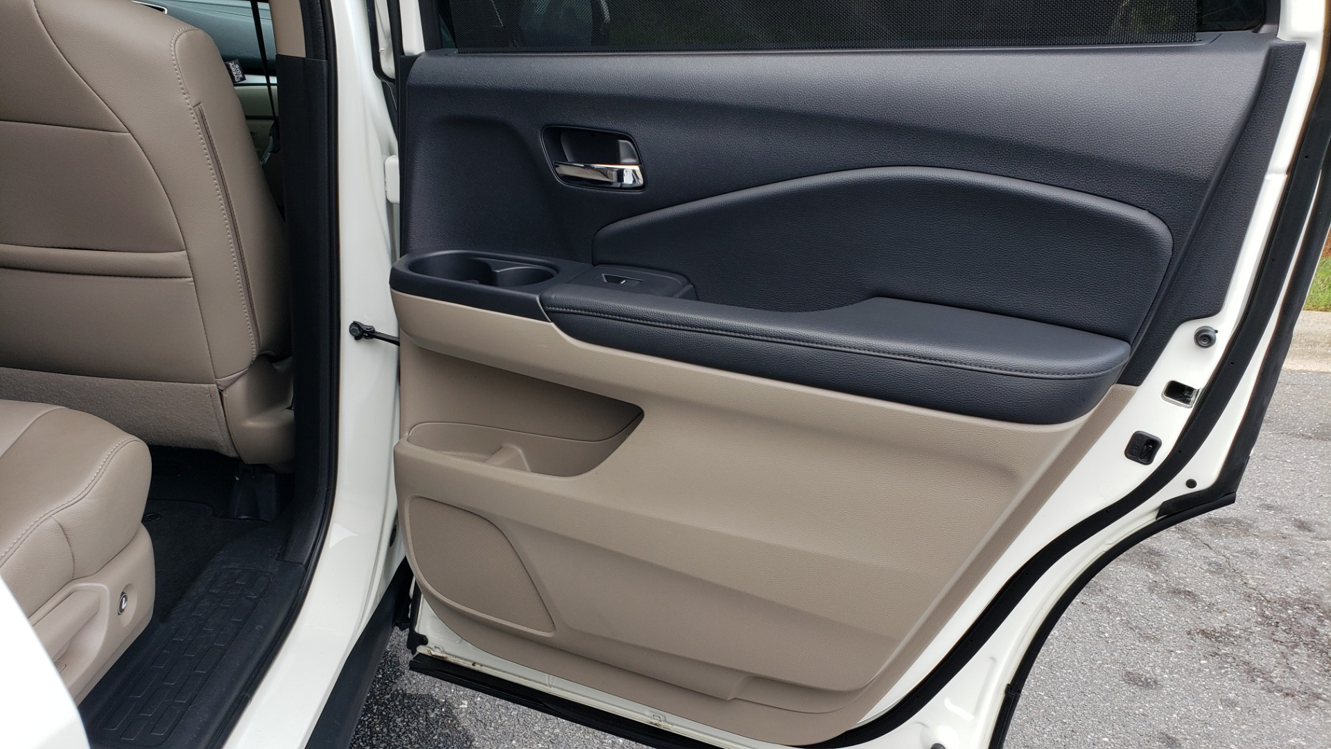 Used 2019 Honda PILOT EX-L / V6 / NAV / SUNROOF / DVD / 3-ROW / REARVIEW for sale Sold at Formula Imports in Charlotte NC 28227 76