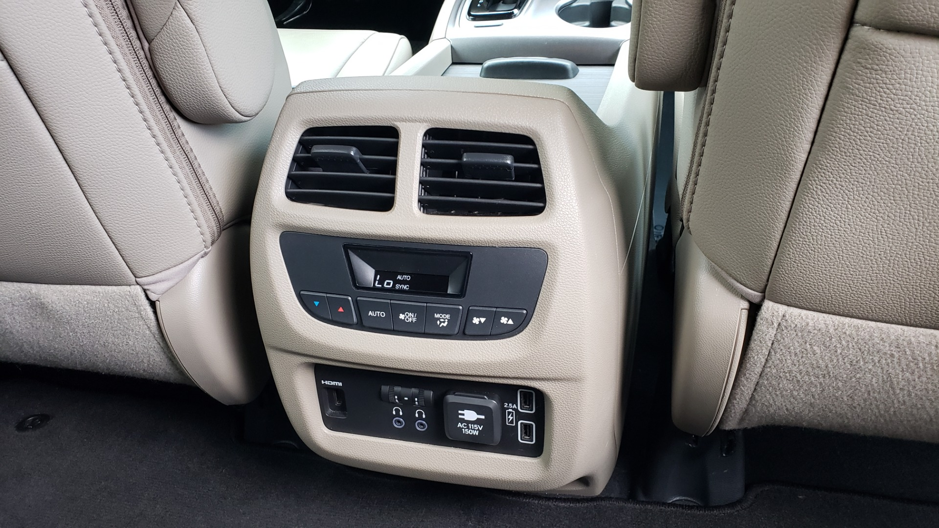Used 2019 Honda PILOT EX-L / V6 / NAV / SUNROOF / DVD / 3-ROW / REARVIEW for sale Sold at Formula Imports in Charlotte NC 28227 83