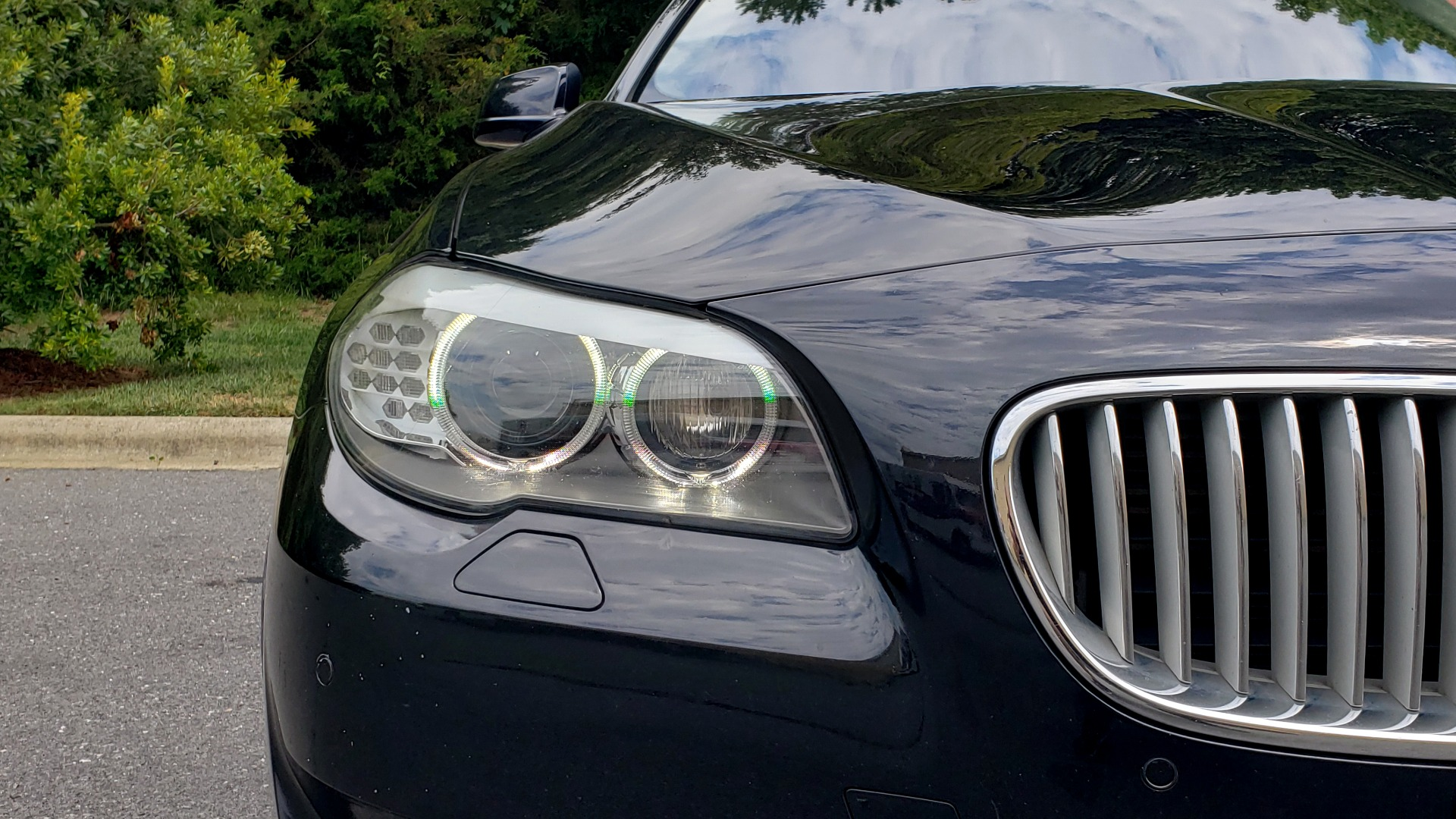 Used 2013 BMW 5 SERIES 550I XDRIVE LUX PKG / EXEC / COLD WTHR / NAV / SUNROOF / REARVIEW for sale $17,995 at Formula Imports in Charlotte NC 28227 17