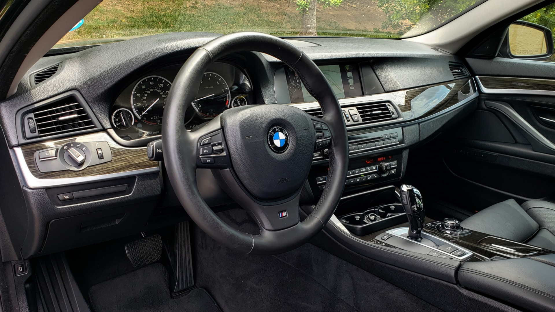 Used 2013 BMW 5 SERIES 550I XDRIVE LUX PKG / EXEC / COLD WTHR / NAV / SUNROOF / REARVIEW for sale Sold at Formula Imports in Charlotte NC 28227 30