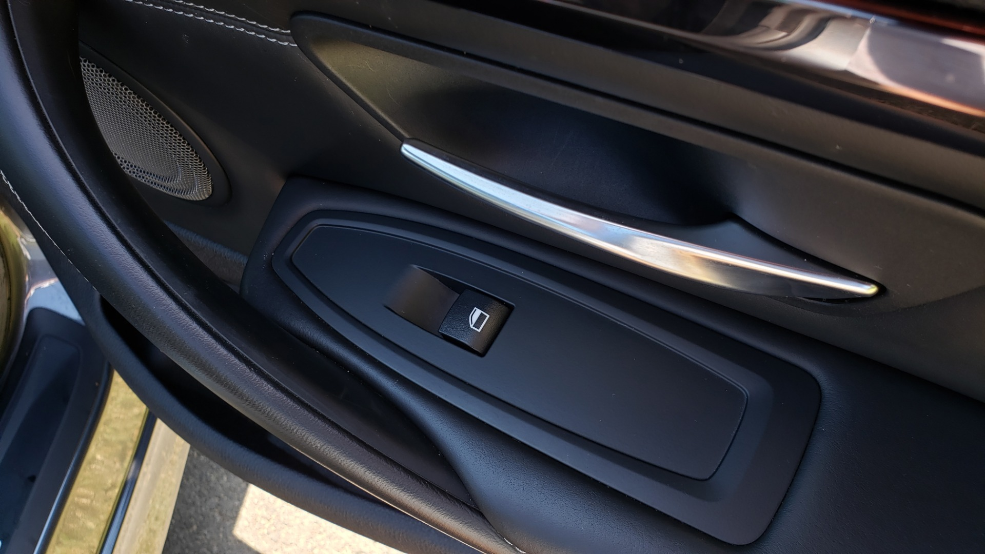 Used 2015 BMW M4 COUPE / EXEC PKG / ADAPT M SUSP / CF ROOF / NAV / REARVIEW for sale Sold at Formula Imports in Charlotte NC 28227 48