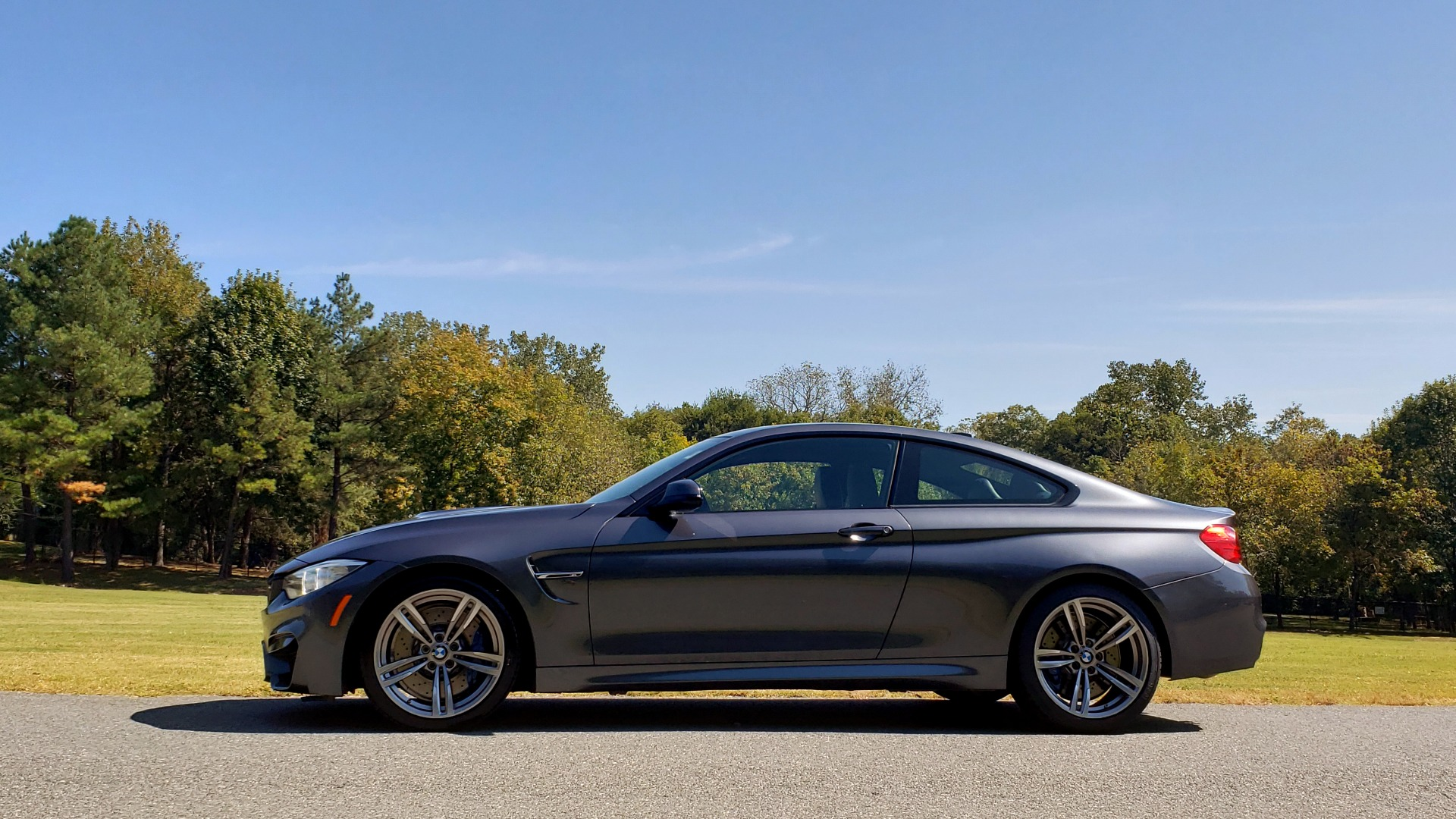 Used 2015 BMW M4 COUPE / EXEC PKG / ADAPT M SUSP / CF ROOF / NAV / REARVIEW for sale Sold at Formula Imports in Charlotte NC 28227 6