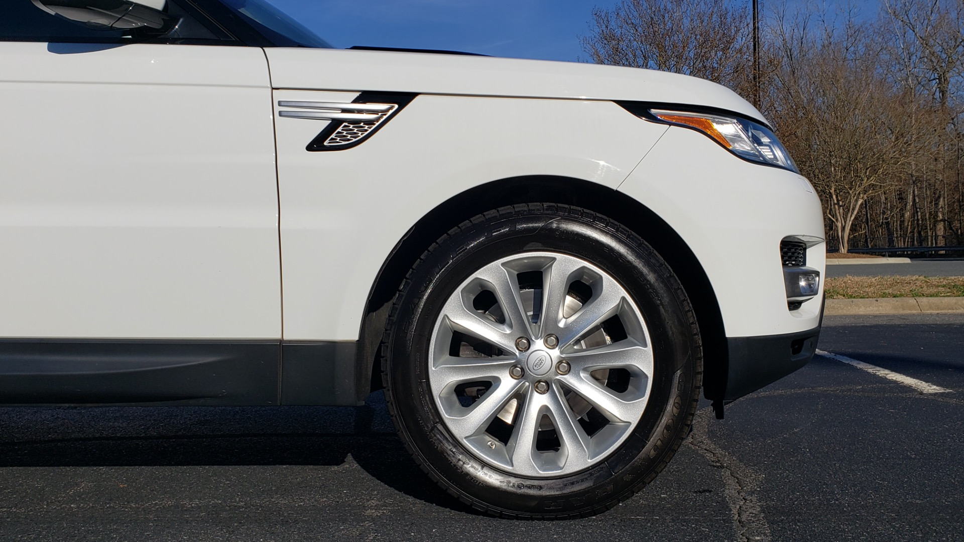 Used 2016 Land Rover RANGE ROVER SPORT SC V6 / NAV / PANO-ROOF / REARVIEW / VISION PKG for sale Sold at Formula Imports in Charlotte NC 28227 12