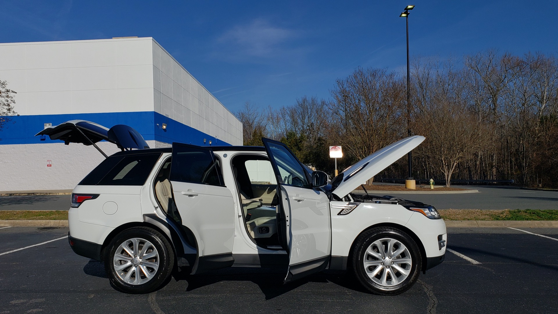 Used 2016 Land Rover RANGE ROVER SPORT SC V6 / NAV / PANO-ROOF / REARVIEW / VISION PKG for sale Sold at Formula Imports in Charlotte NC 28227 14