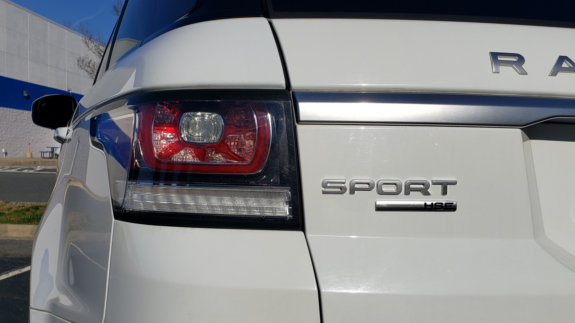 Used 2016 Land Rover RANGE ROVER SPORT SC V6 / NAV / PANO-ROOF / REARVIEW / VISION PKG for sale Sold at Formula Imports in Charlotte NC 28227 31