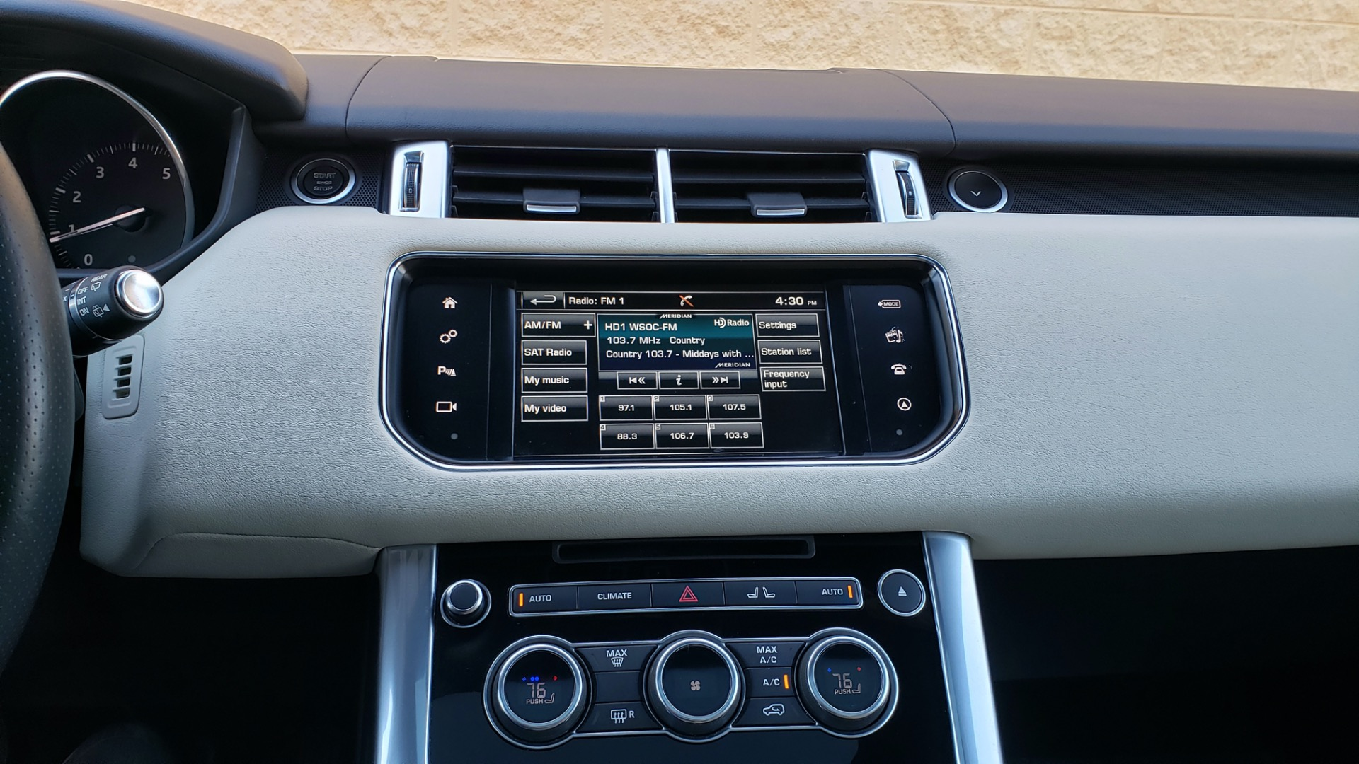 Used 2016 Land Rover RANGE ROVER SPORT SC V6 / NAV / PANO-ROOF / REARVIEW / VISION PKG for sale Sold at Formula Imports in Charlotte NC 28227 45