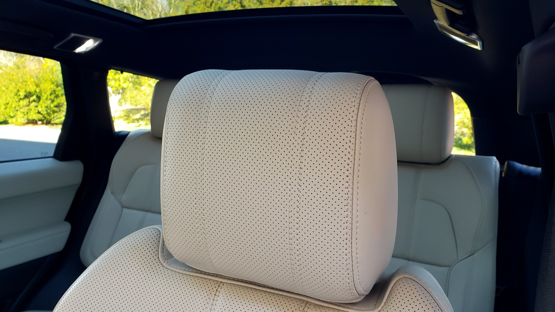 Used 2016 Land Rover RANGE ROVER SPORT SC V6 / NAV / PANO-ROOF / REARVIEW / VISION PKG for sale Sold at Formula Imports in Charlotte NC 28227 60