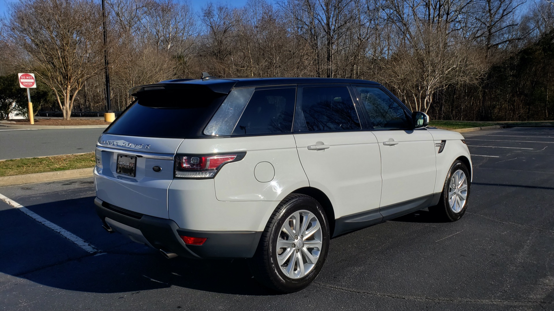 Used 2016 Land Rover RANGE ROVER SPORT SC V6 / NAV / PANO-ROOF / REARVIEW / VISION PKG for sale Sold at Formula Imports in Charlotte NC 28227 8