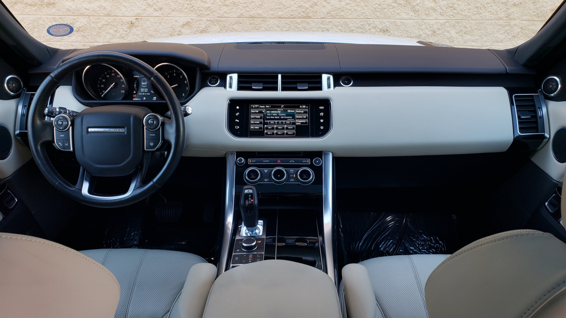 Used 2016 Land Rover RANGE ROVER SPORT SC V6 / NAV / PANO-ROOF / REARVIEW / VISION PKG for sale Sold at Formula Imports in Charlotte NC 28227 83