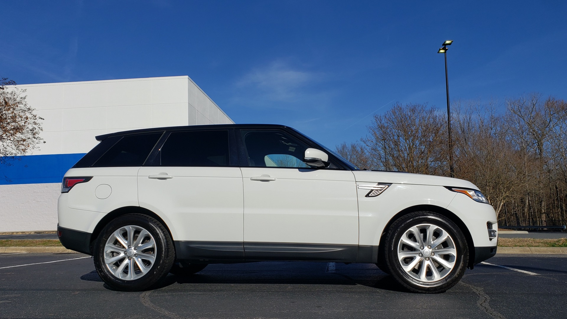 Used 2016 Land Rover RANGE ROVER SPORT SC V6 / NAV / PANO-ROOF / REARVIEW / VISION PKG for sale Sold at Formula Imports in Charlotte NC 28227 9