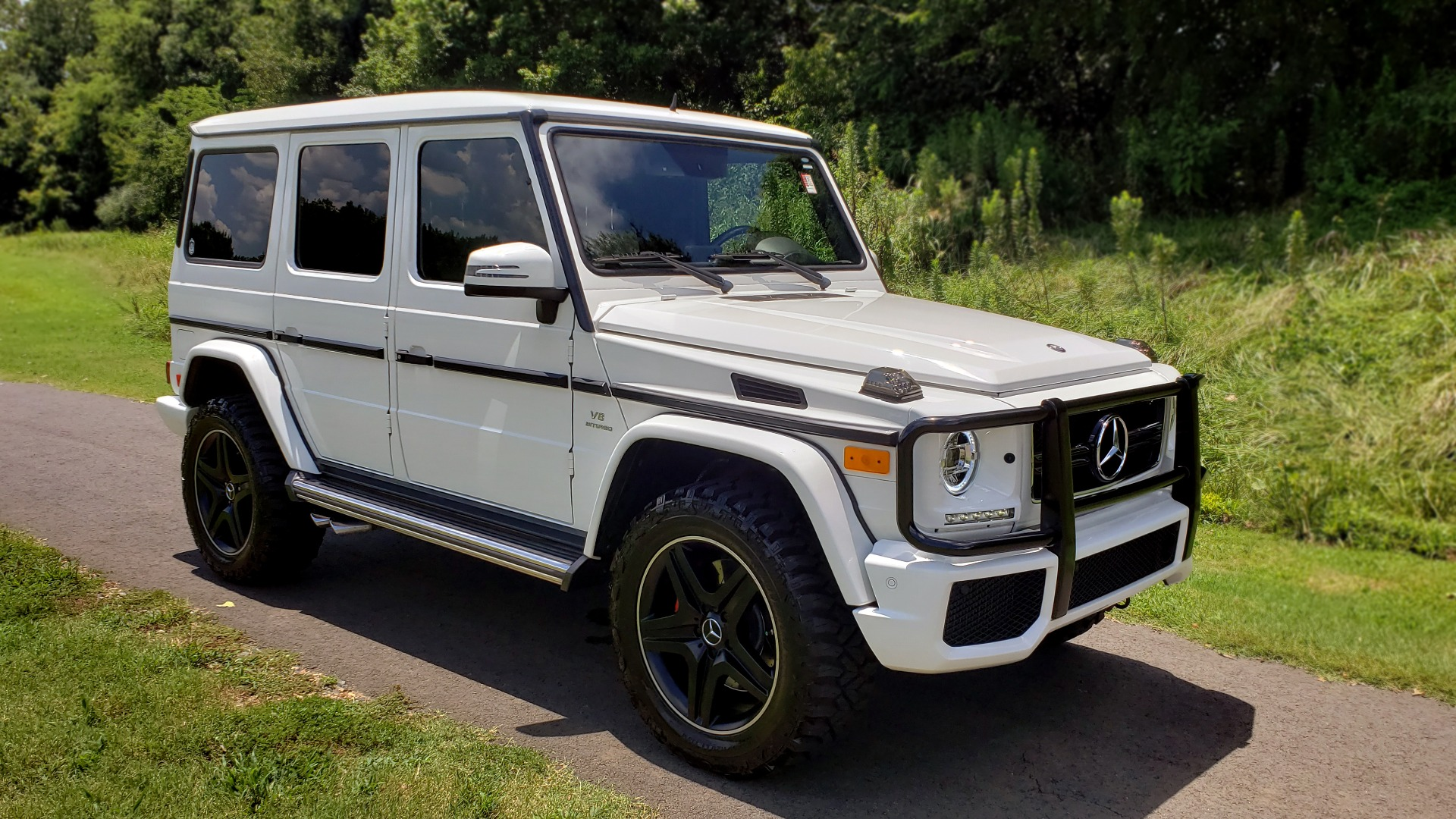 Used 2014 Mercedes-Benz G-CLASS G 63 AMG / AWD / NAV / SUNROOF / PREM SOUND / BSM for sale Sold at Formula Imports in Charlotte NC 28227 6