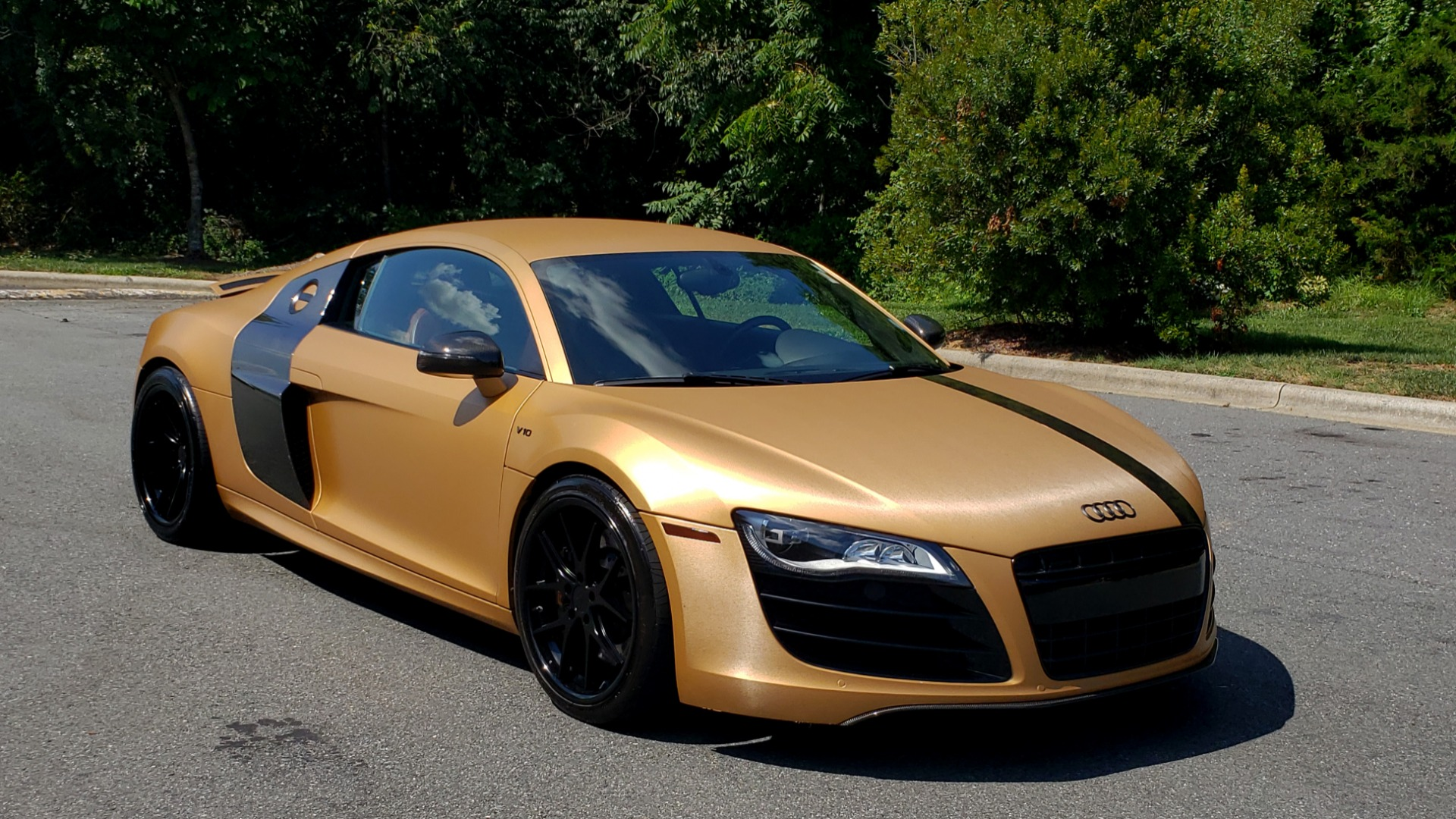 Used 2012 Audi R8 V10 5.2L / CUST WRAP BRUSHED BRONZE / NAV / B&O SOUND / CUST 19IN WHLS for sale $79,999 at Formula Imports in Charlotte NC 28227 10