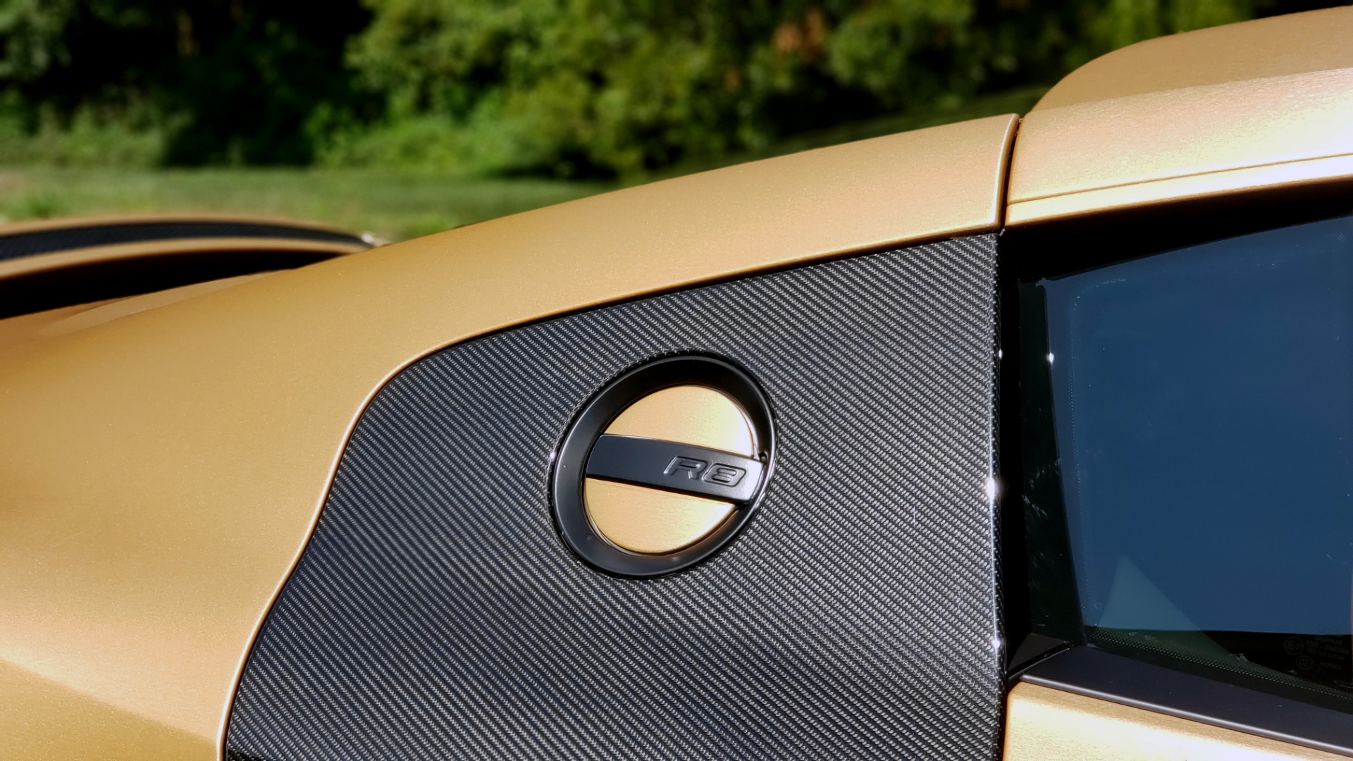 Used 2012 Audi R8 V10 5.2L / CUST WRAP BRUSHED BRONZE / NAV / B&O SOUND / CUST 19IN WHLS for sale $79,999 at Formula Imports in Charlotte NC 28227 11